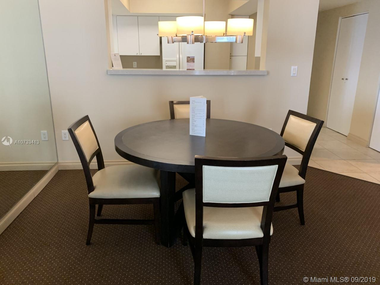 17375 Collins Ave #2204 photo09
