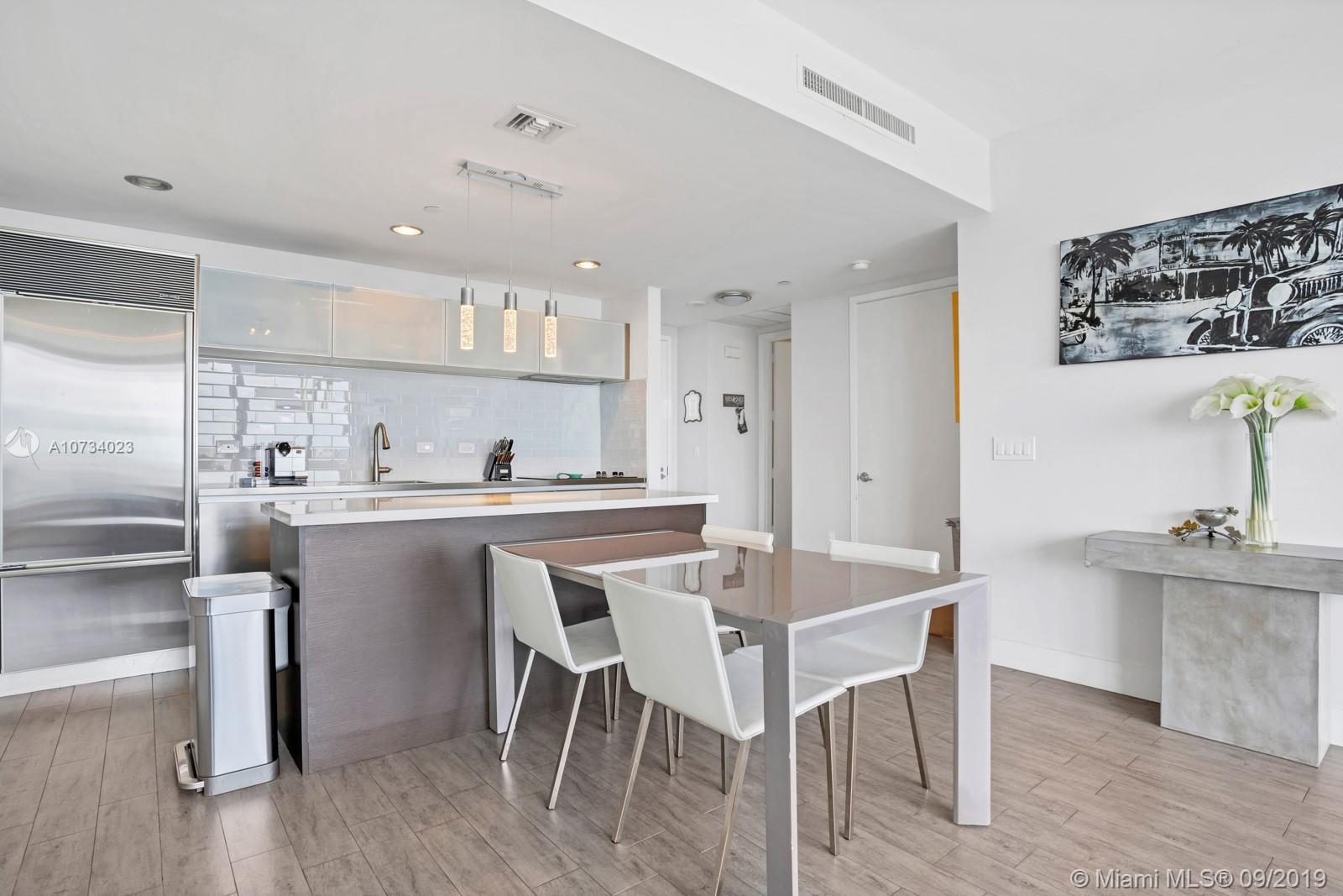 Property 1040 Biscayne Blvd #2206 image 1