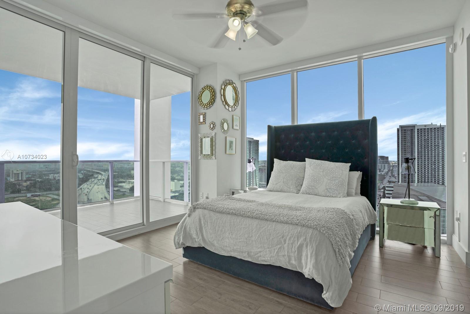 Property 1040 Biscayne Blvd #2206 image 5