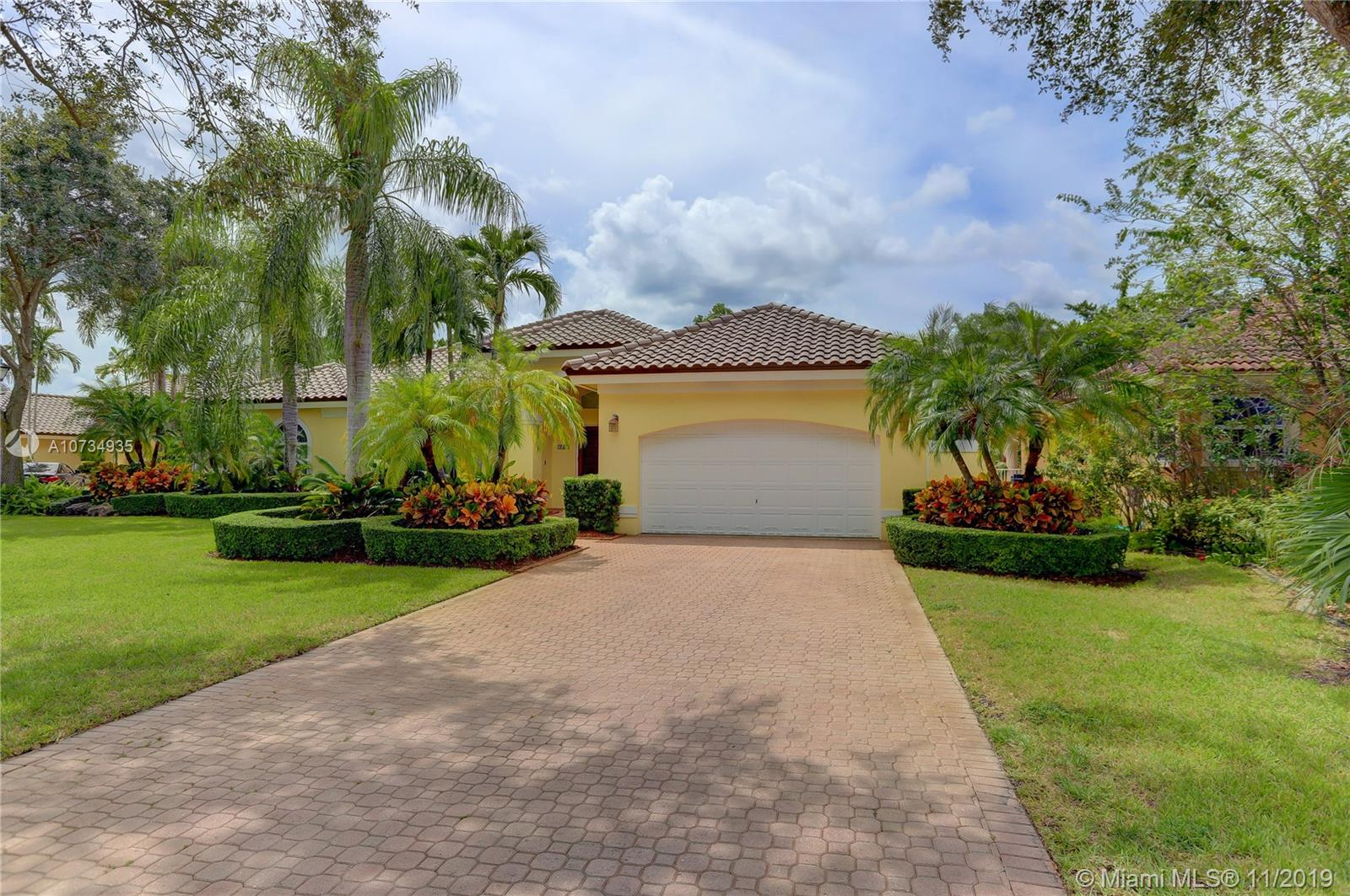 Property for sale at 1052 SW 156th Ave, Pembroke Pines,  Florida 33027