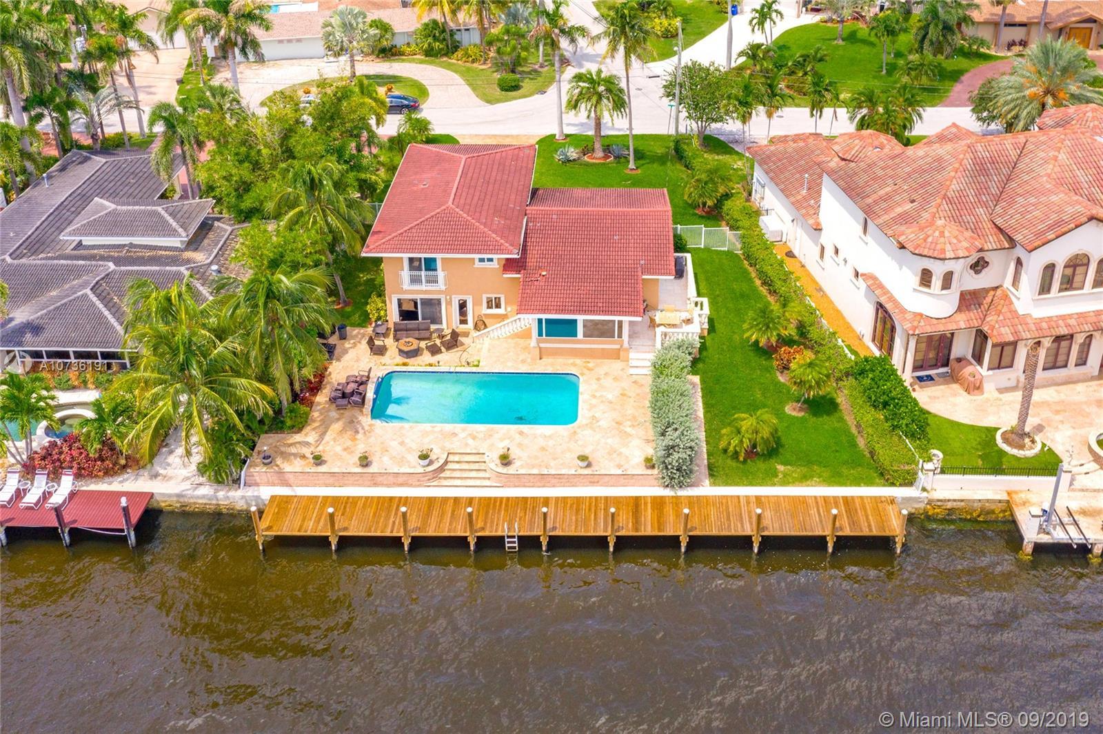 2722 SE 9th St - Pompano Beach, Florida