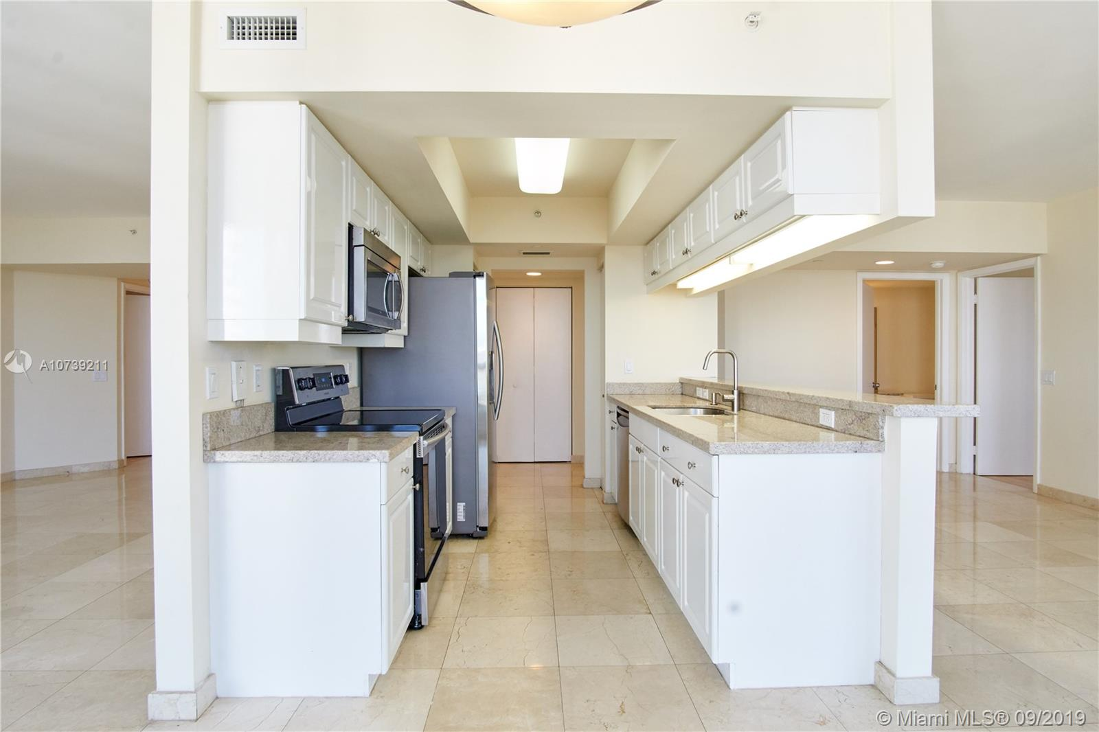 Property 21205 YACHT CLUB DR #2410 image 10