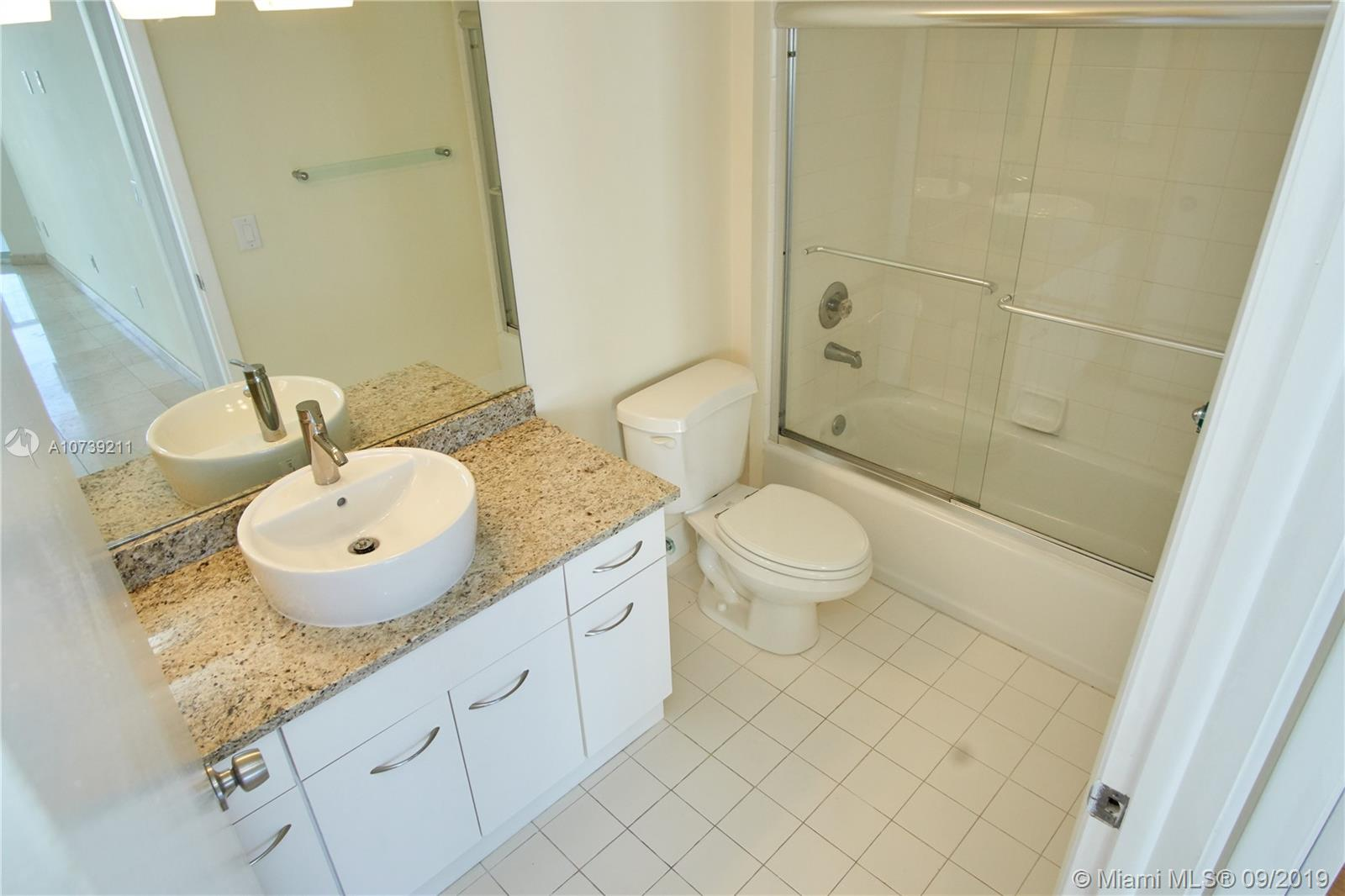 Property 21205 YACHT CLUB DR #2410 image 13