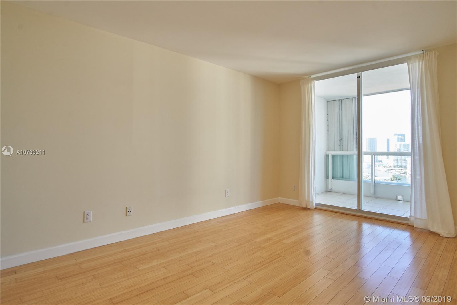 Property 21205 YACHT CLUB DR #2410 image 14