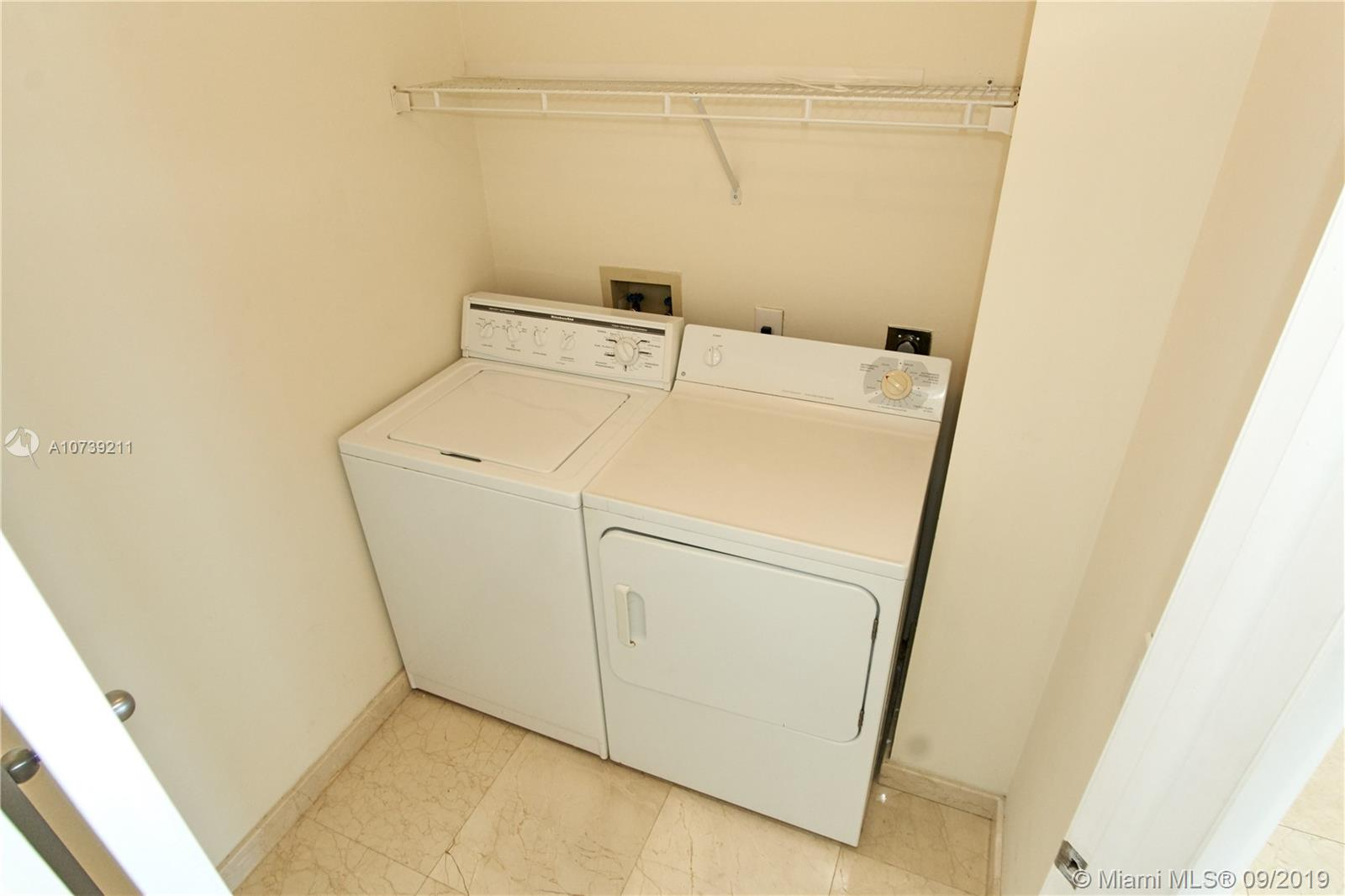 Property 21205 YACHT CLUB DR #2410 image 18