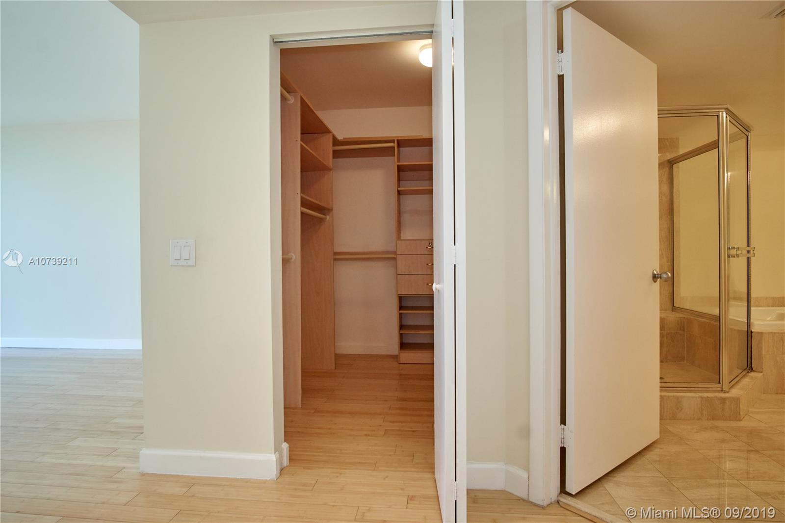 Property 21205 YACHT CLUB DR #2410 image 19