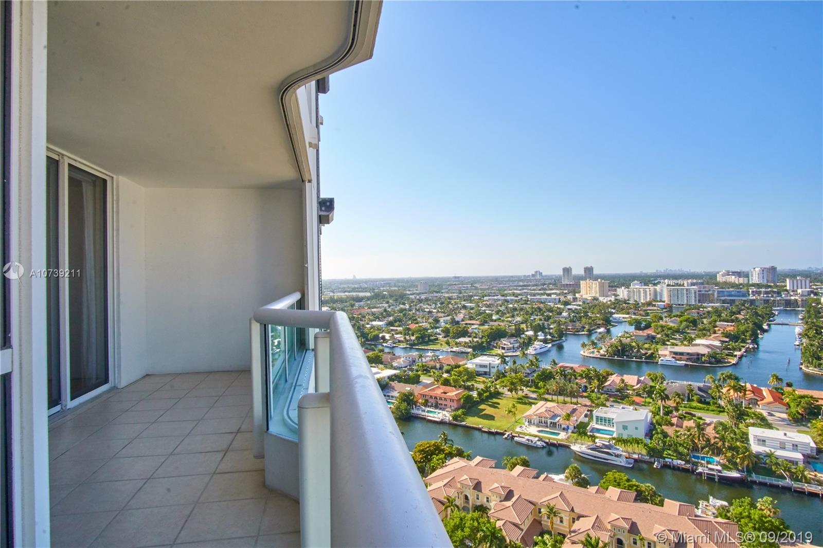 Property 21205 YACHT CLUB DR #2410 image 31