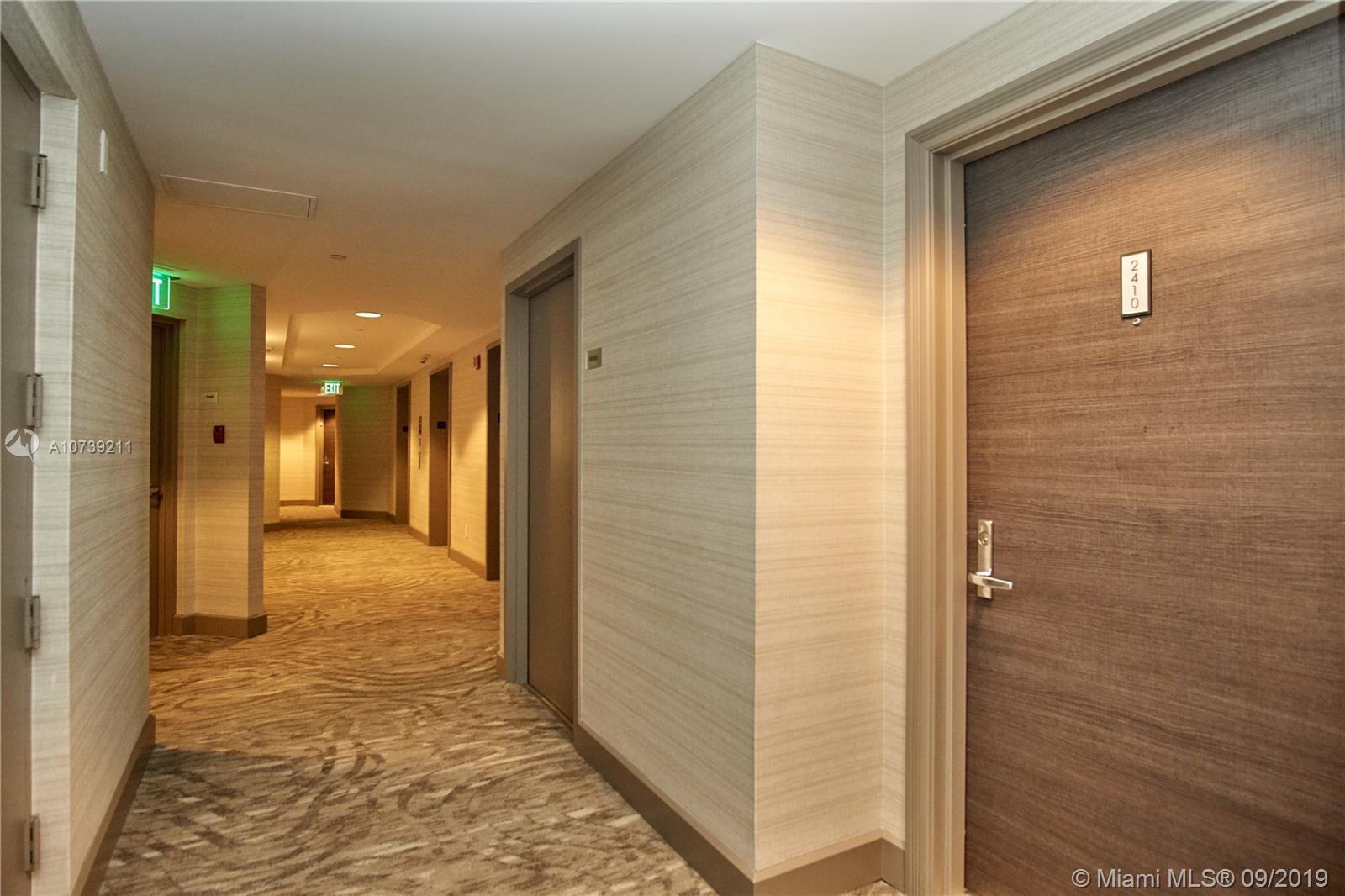Property 21205 YACHT CLUB DR #2410 image 34
