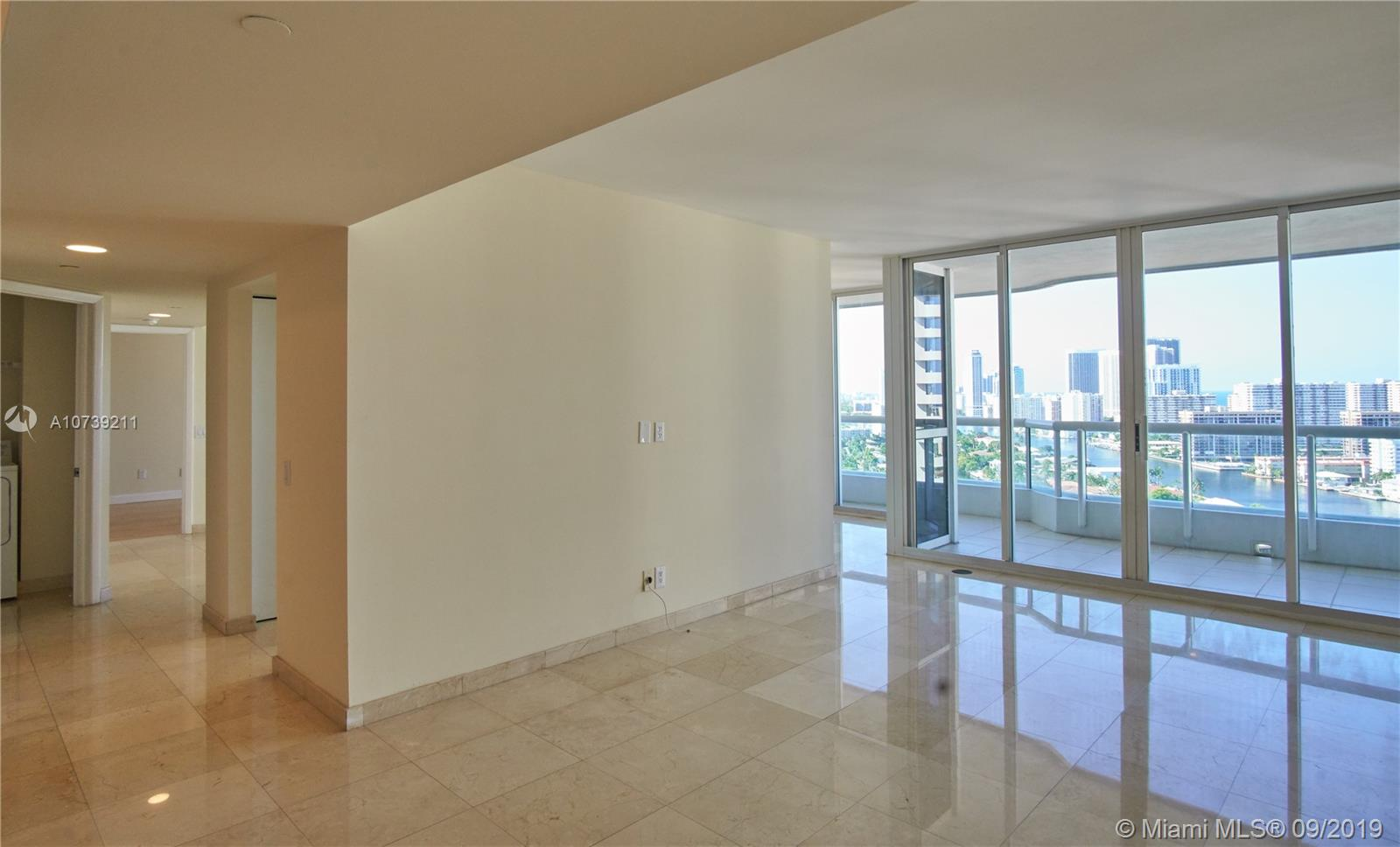 Property 21205 YACHT CLUB DR #2410 image 3