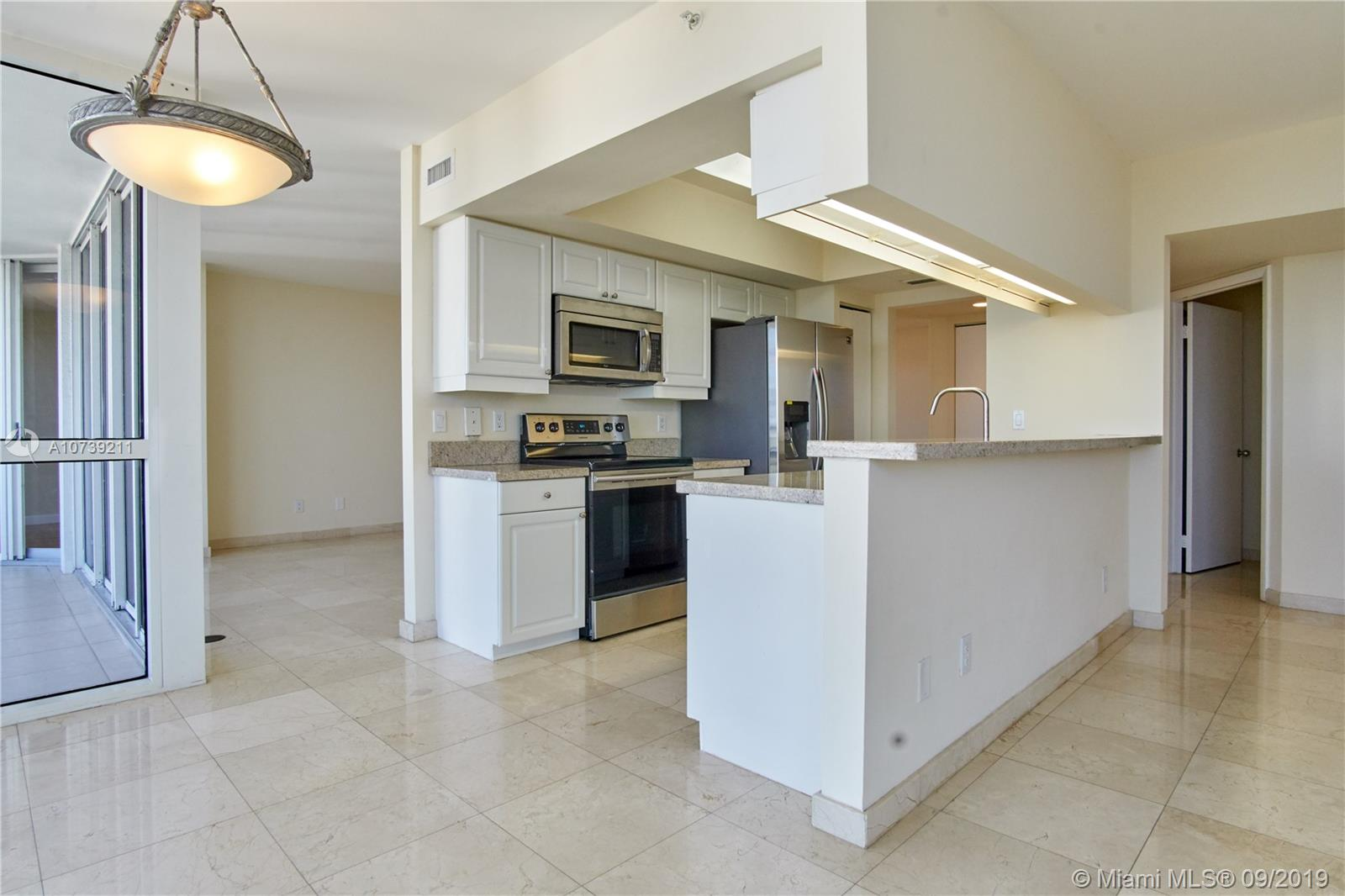 Property 21205 YACHT CLUB DR #2410 image 7