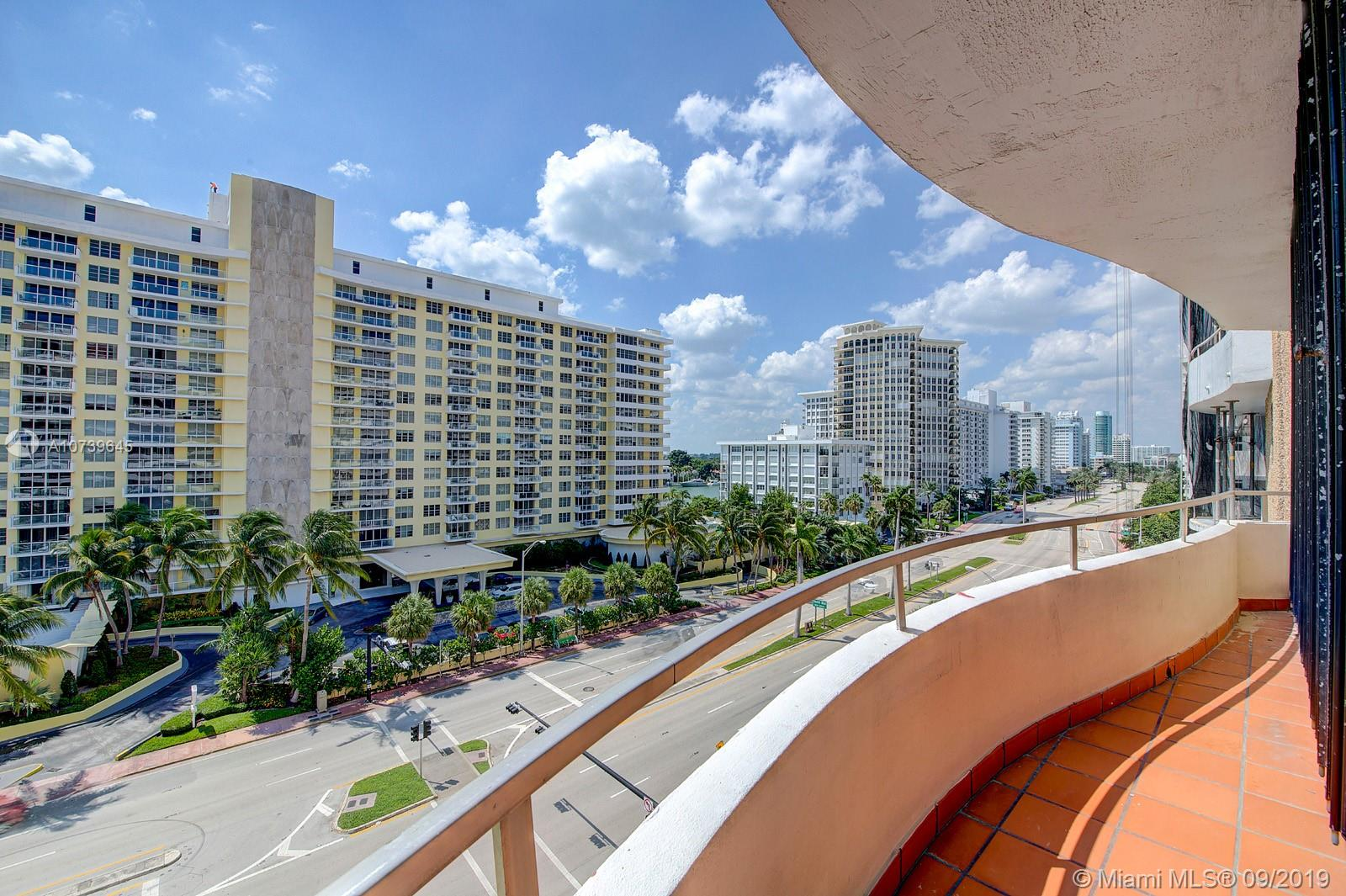 5555 Collins Ave #8A photo016