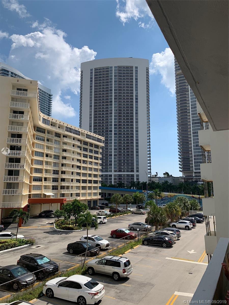 Plaza Towers #303 - 01 - photo