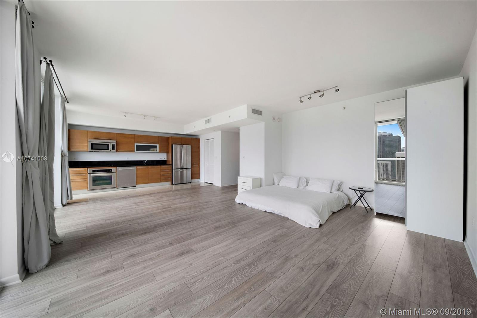 244 Biscayne Blvd #3607 photo016