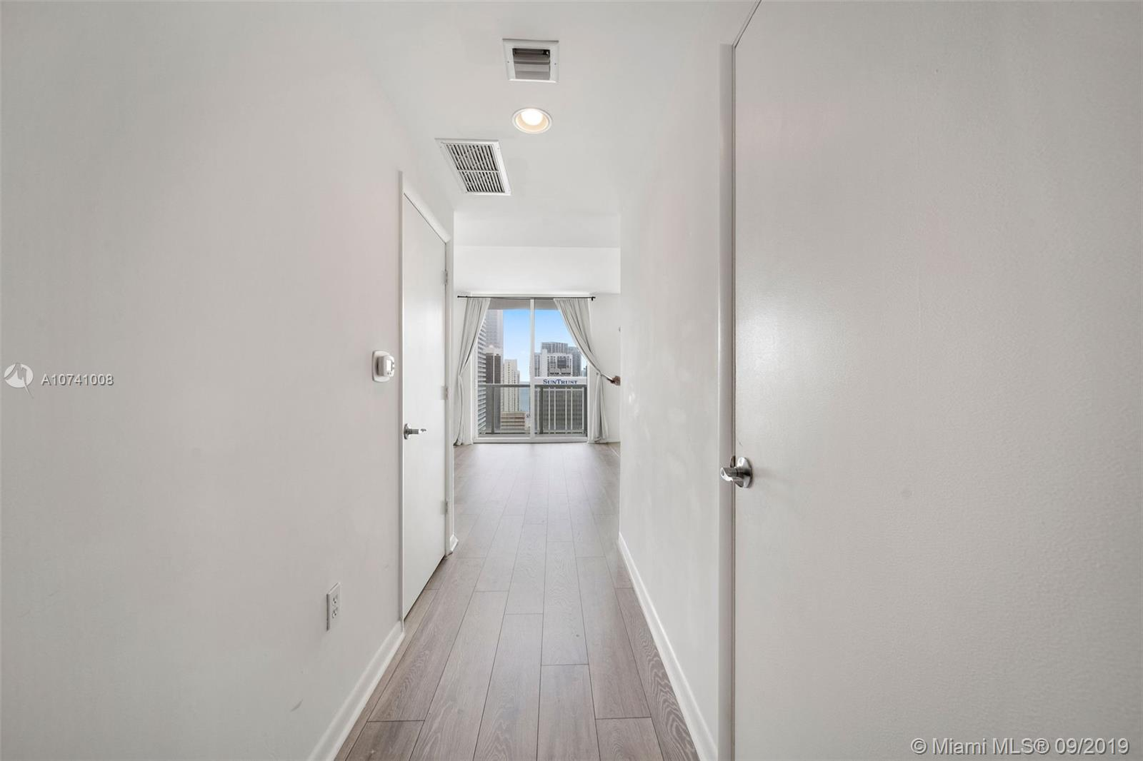 244 Biscayne Blvd #3607 photo021
