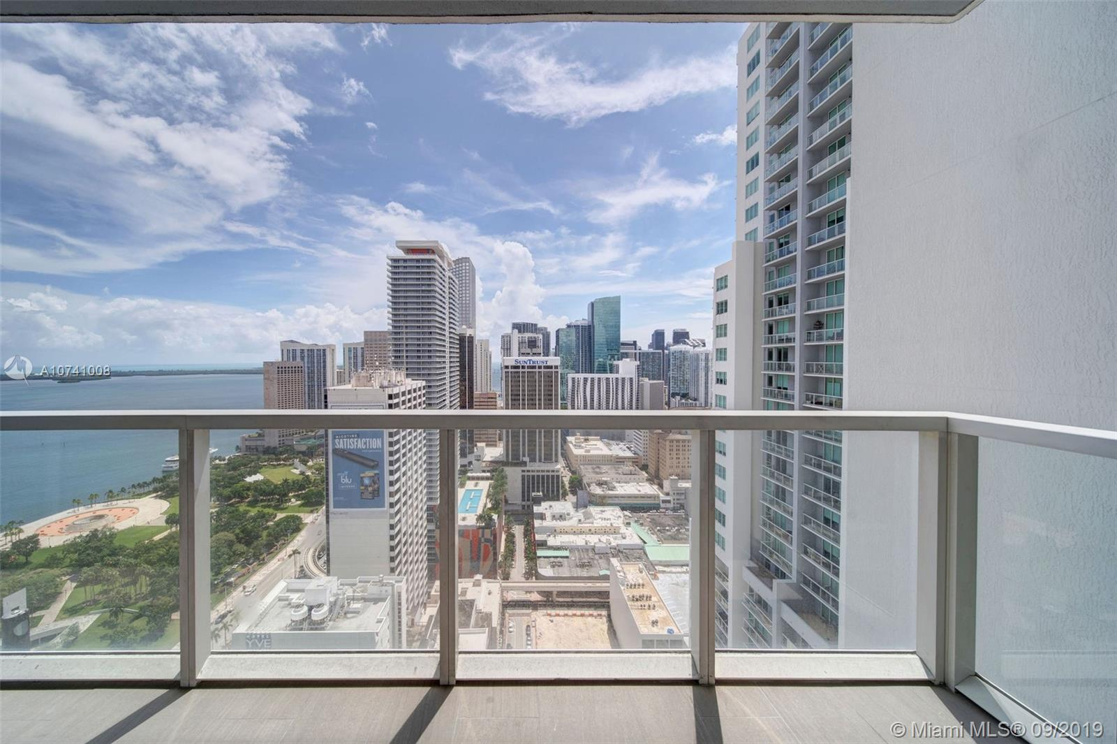 244 Biscayne Blvd #3607 photo04