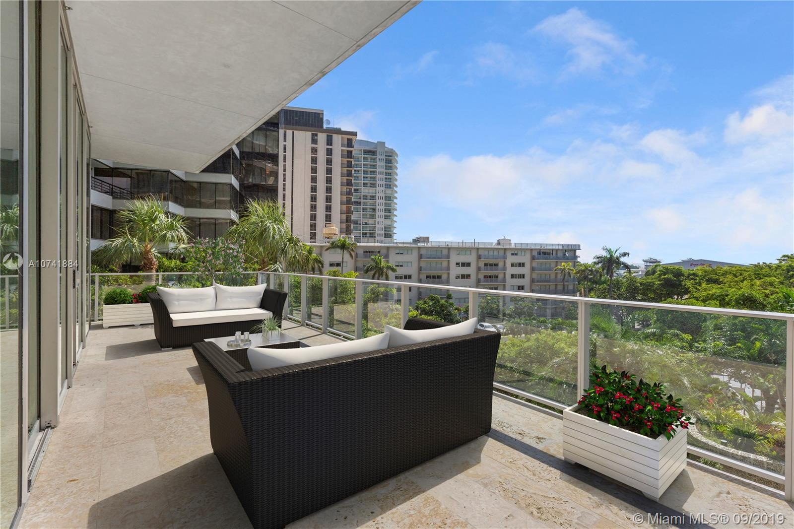 Property 2669 S Bayshore Dr #403N image 8