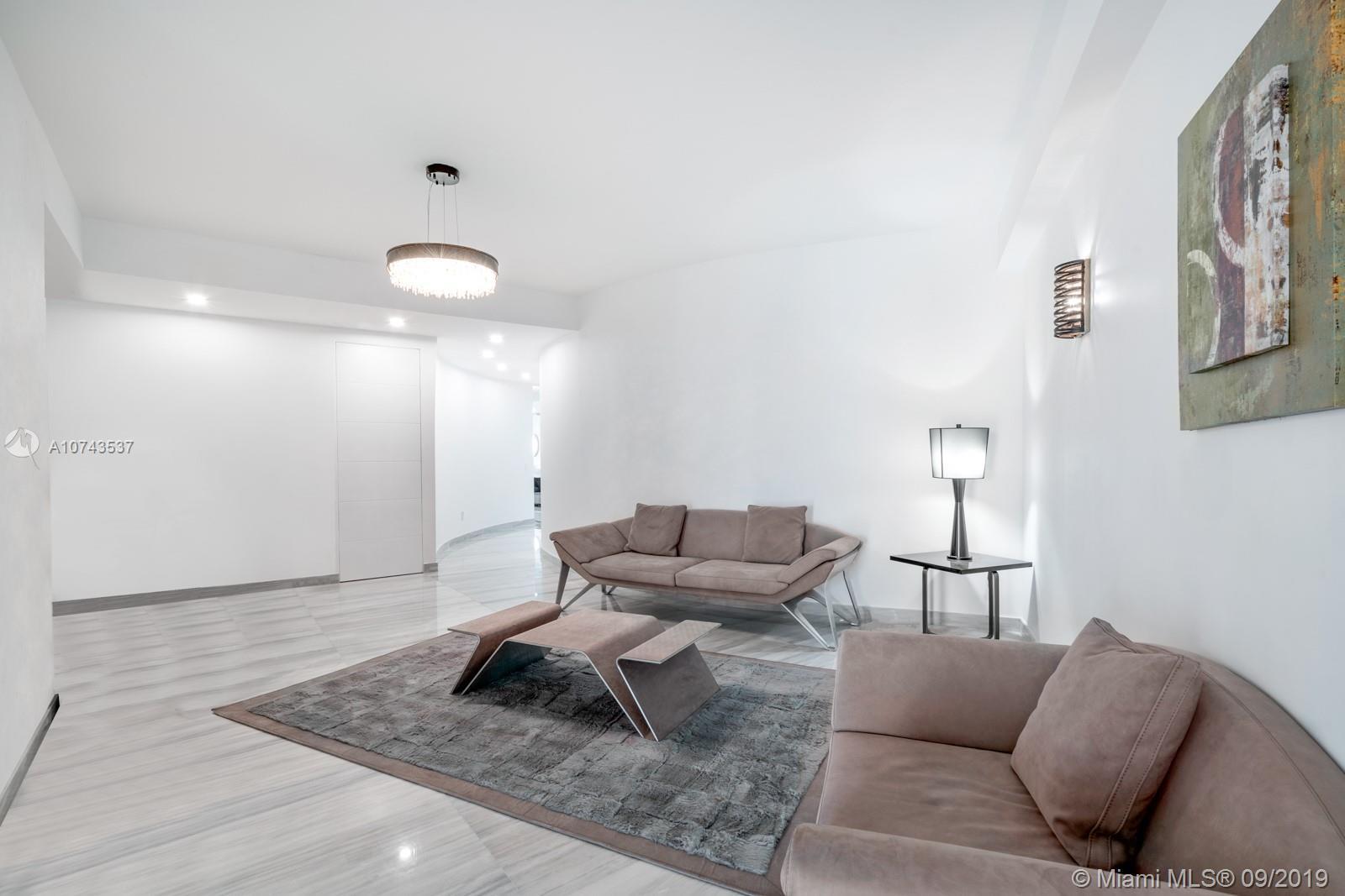 Аренда квартиры по адресу 18555 Collins Ave, Sunny Isles Beach, FL 33160 в США