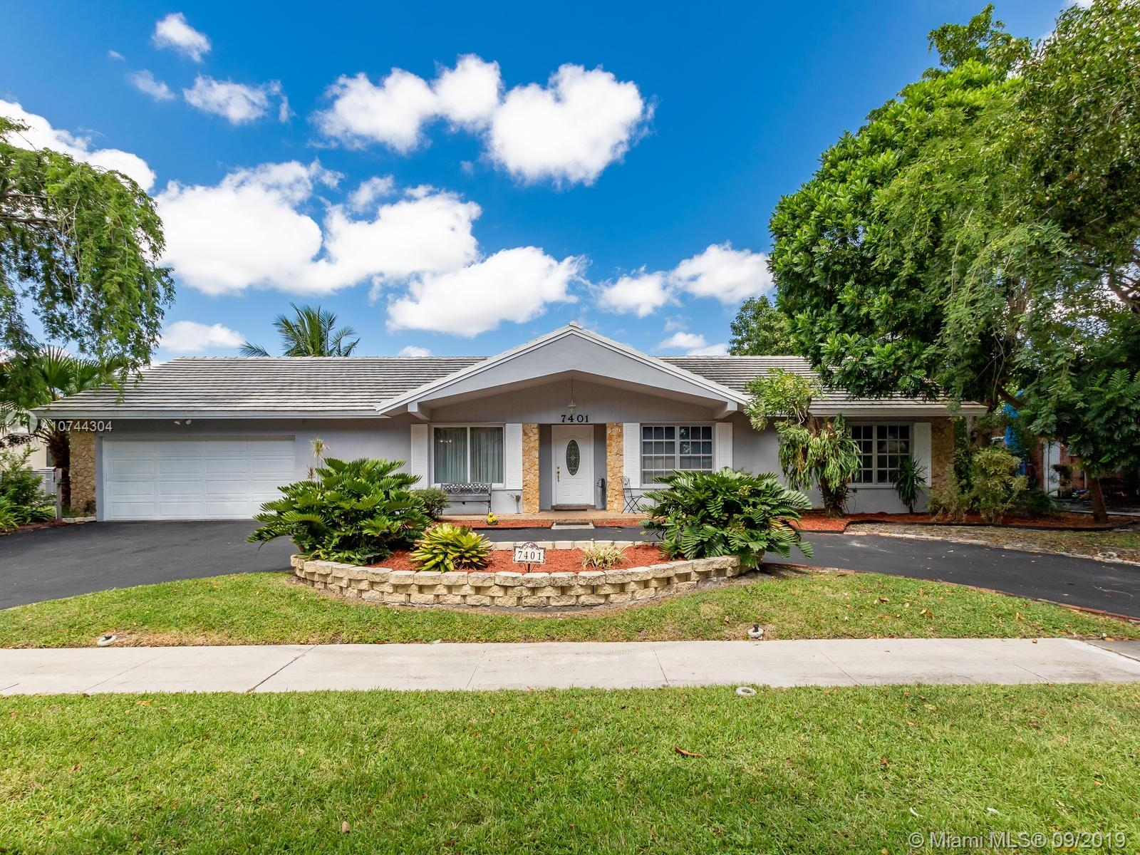 Property for sale at 7401 SW 18th St, Plantation,  Florida 33317