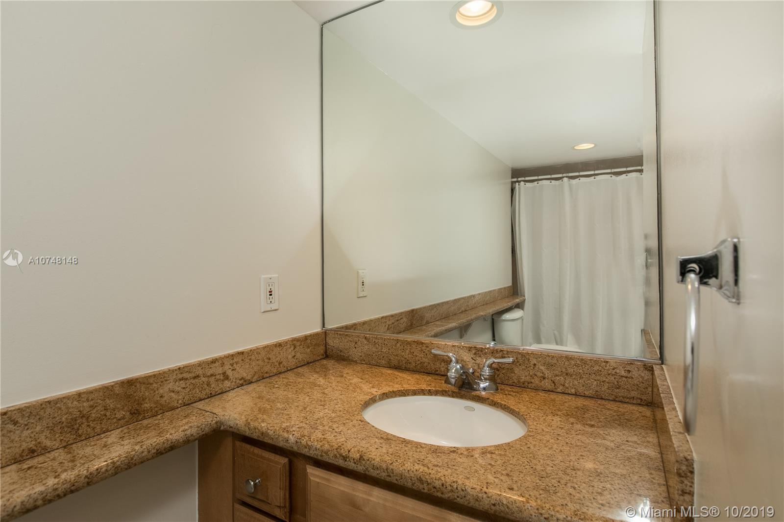 5600 Collins Ave #17H photo016