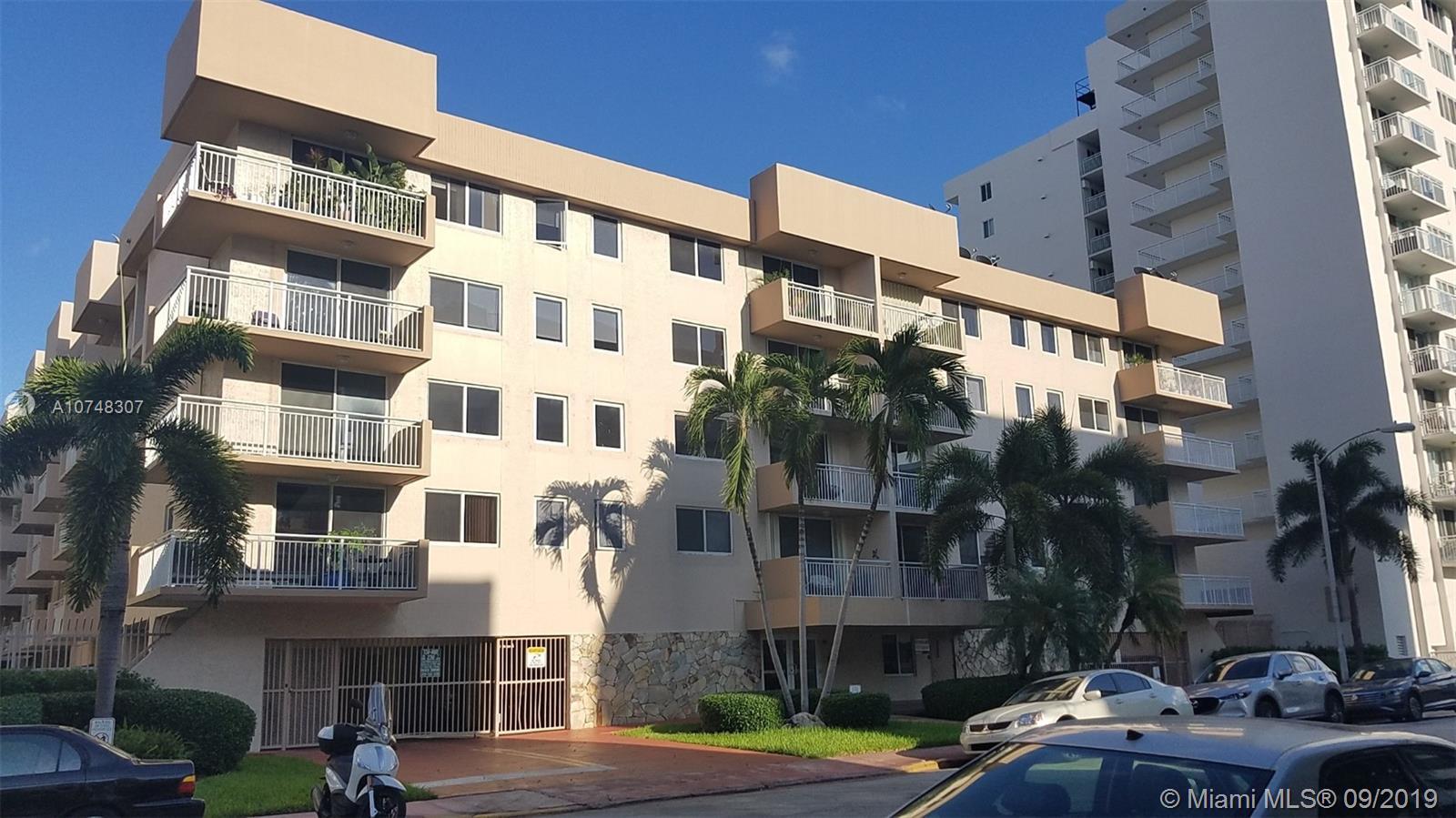 1665 Bay Rd, 418 - Miami Beach, Florida