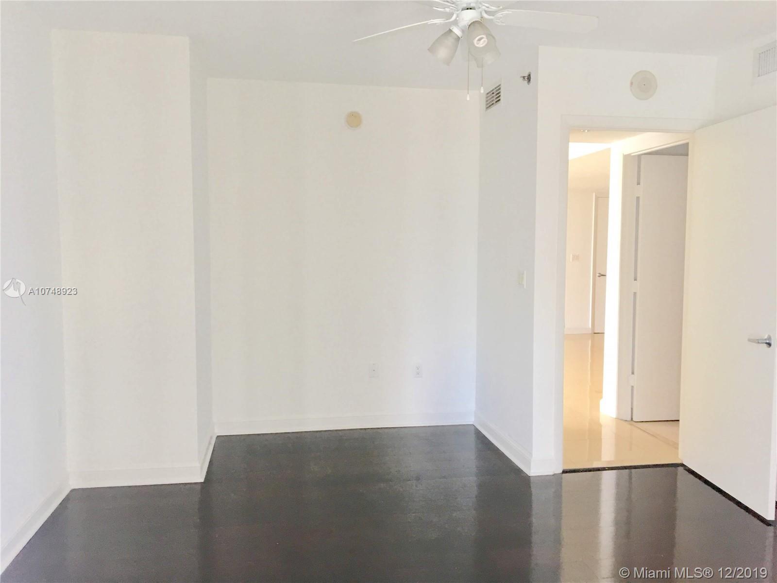 Property 50 Biscayne Blvd #2411 image 20