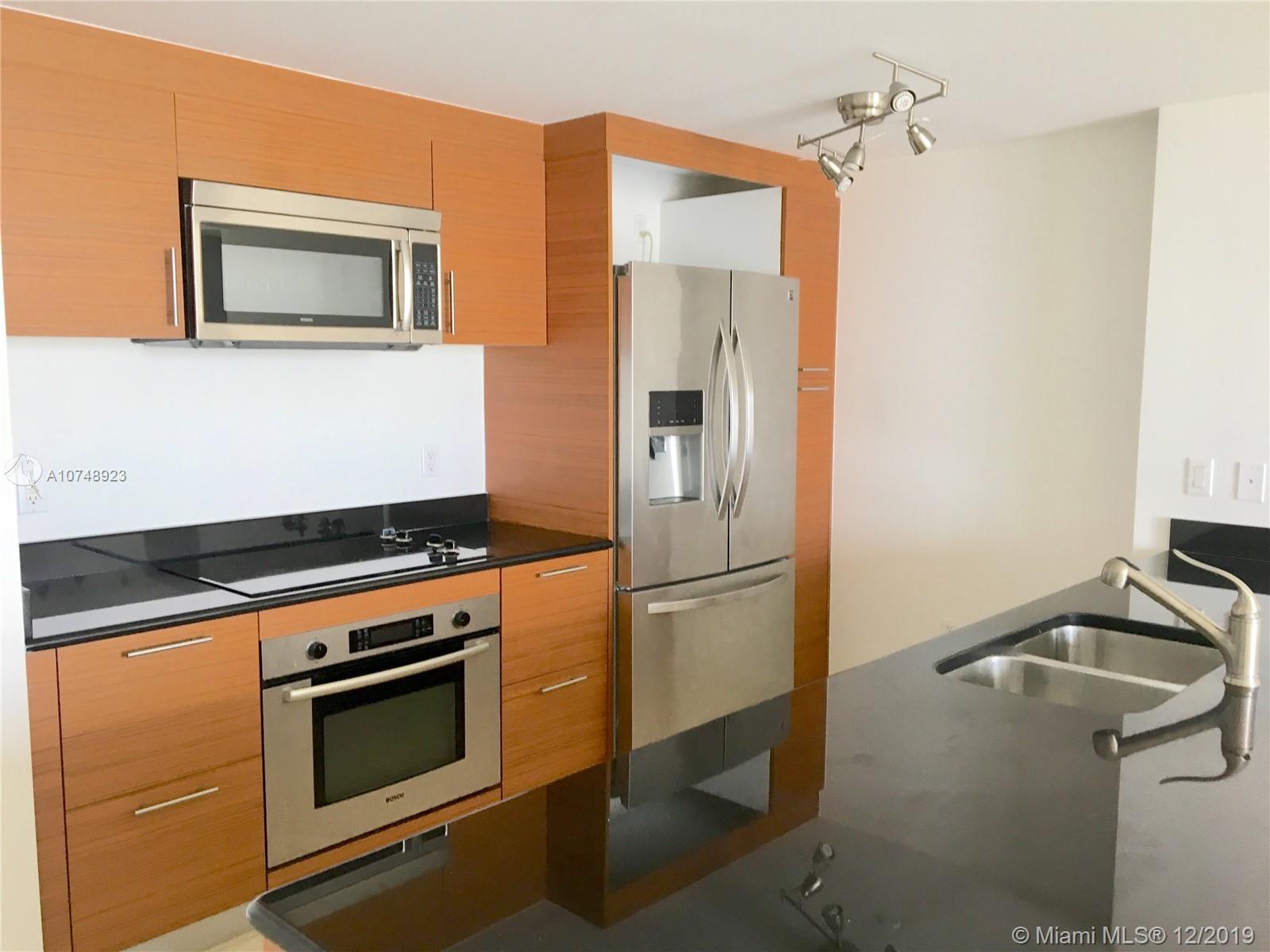Property 50 Biscayne Blvd #2411 image 6