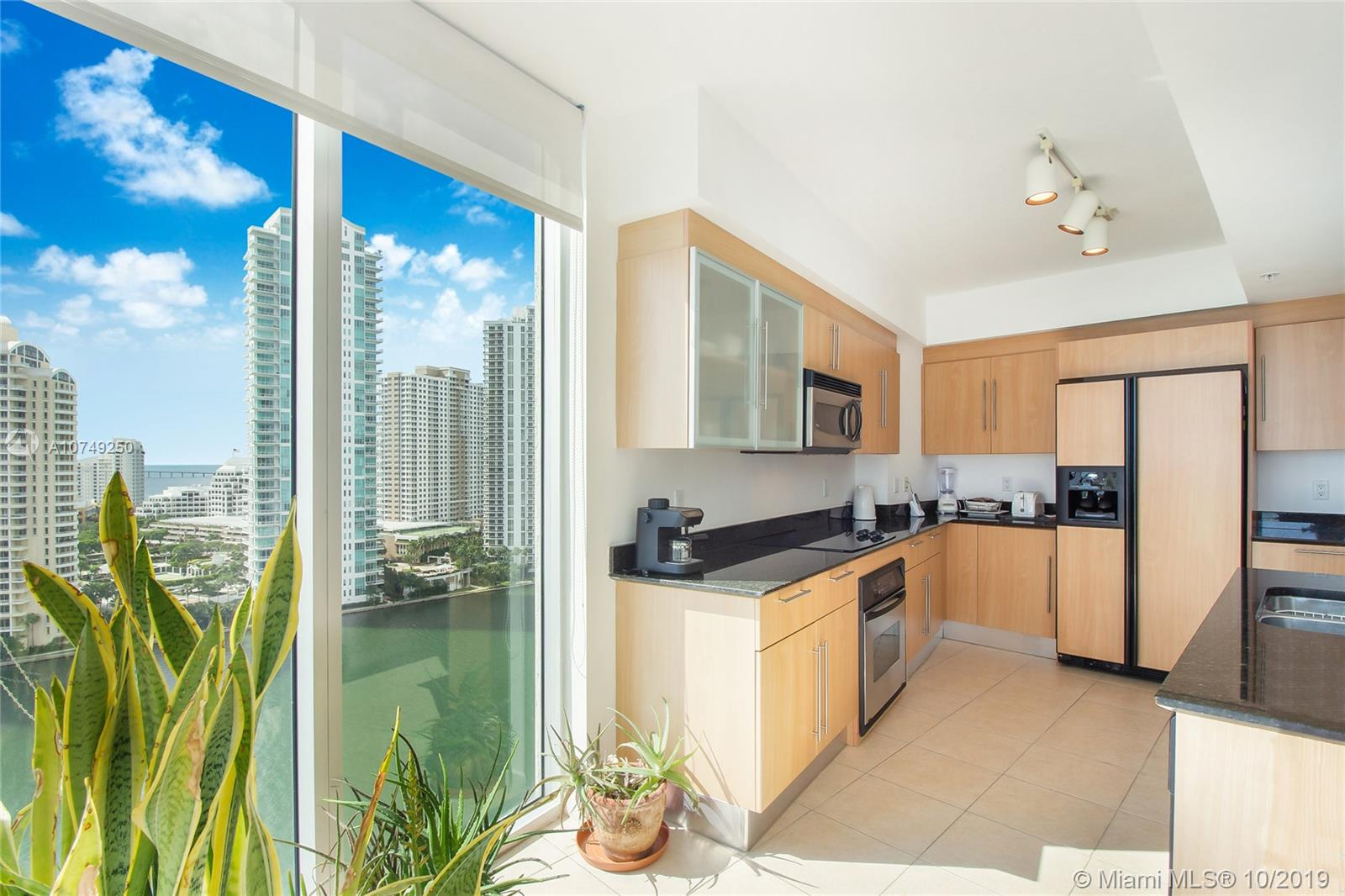 Photo of 335 S Biscayne Blvd #1909 listing for Sale