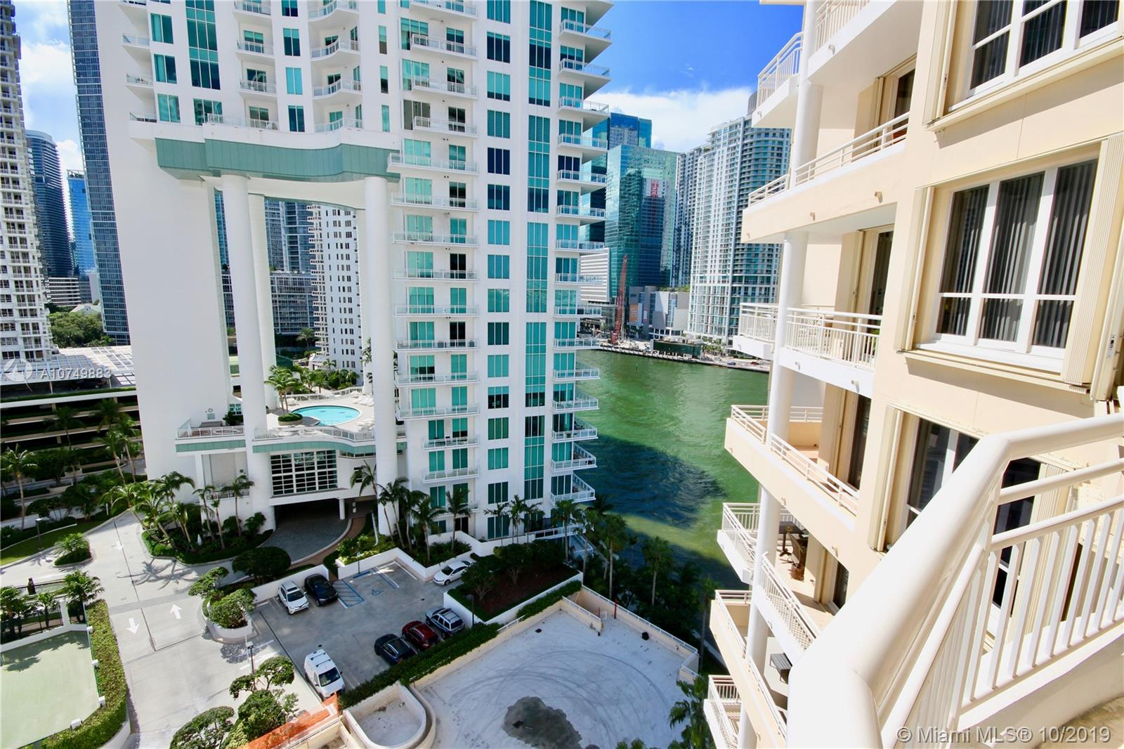888 Brickell Key Dr #1400 photo015