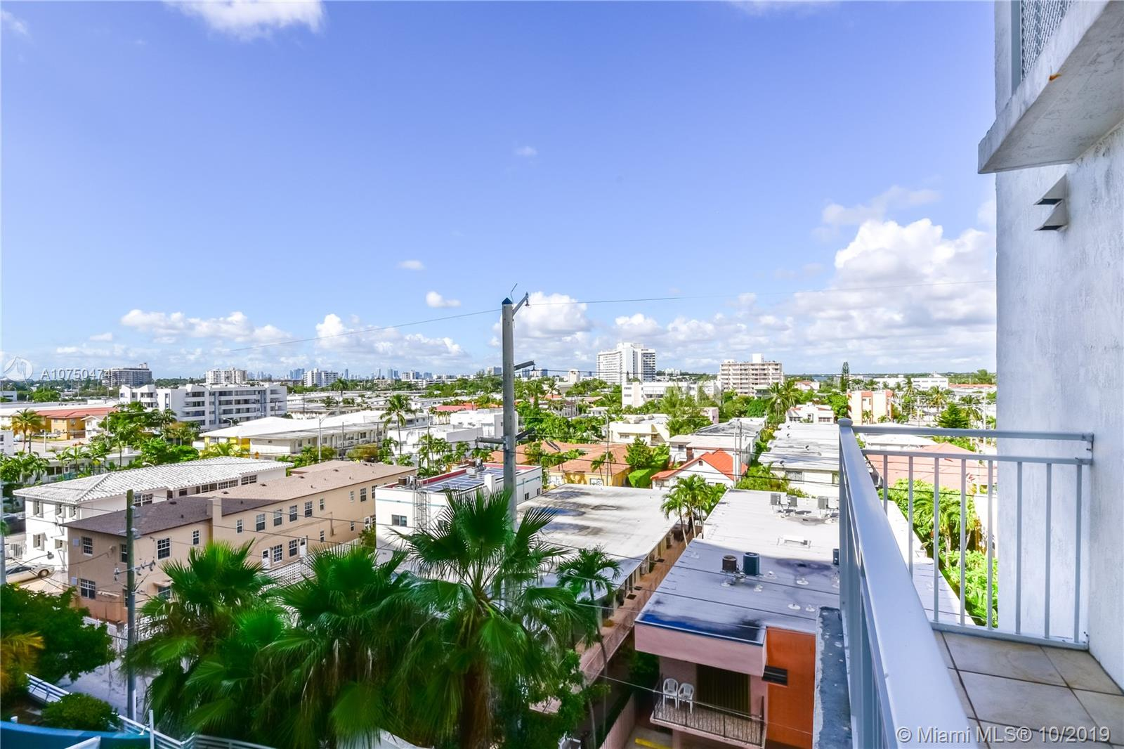 7600 Collins Ave #714 photo026