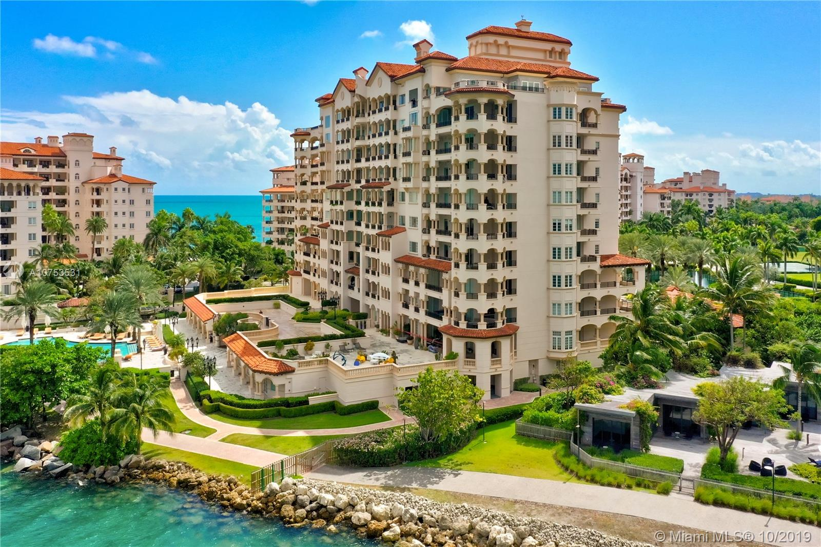 7151 Fisher Island Dr #7151 photo02
