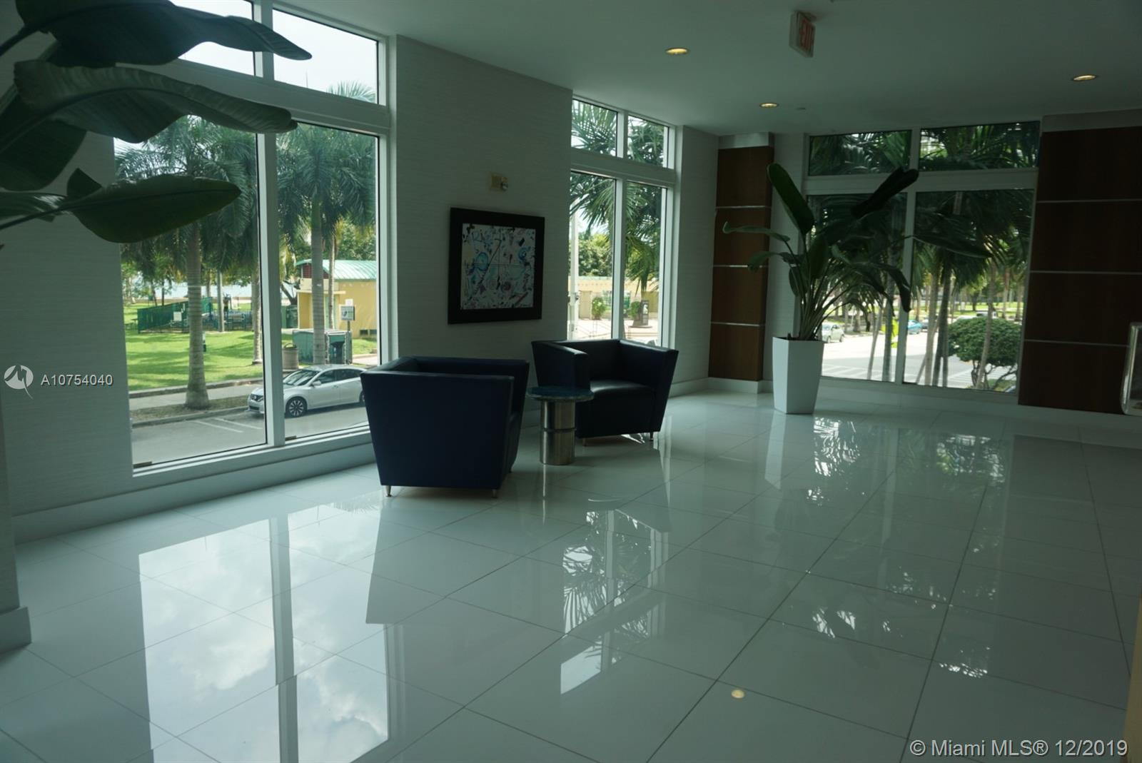 Photo of 1800 N Bayshore Dr #807 listing for Sale