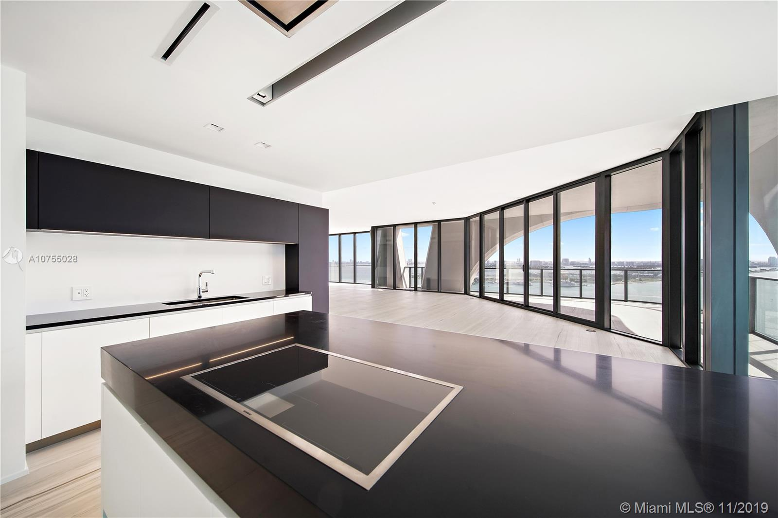 Photo of 1000 Biscayne Blvd #2501 listing for Sale