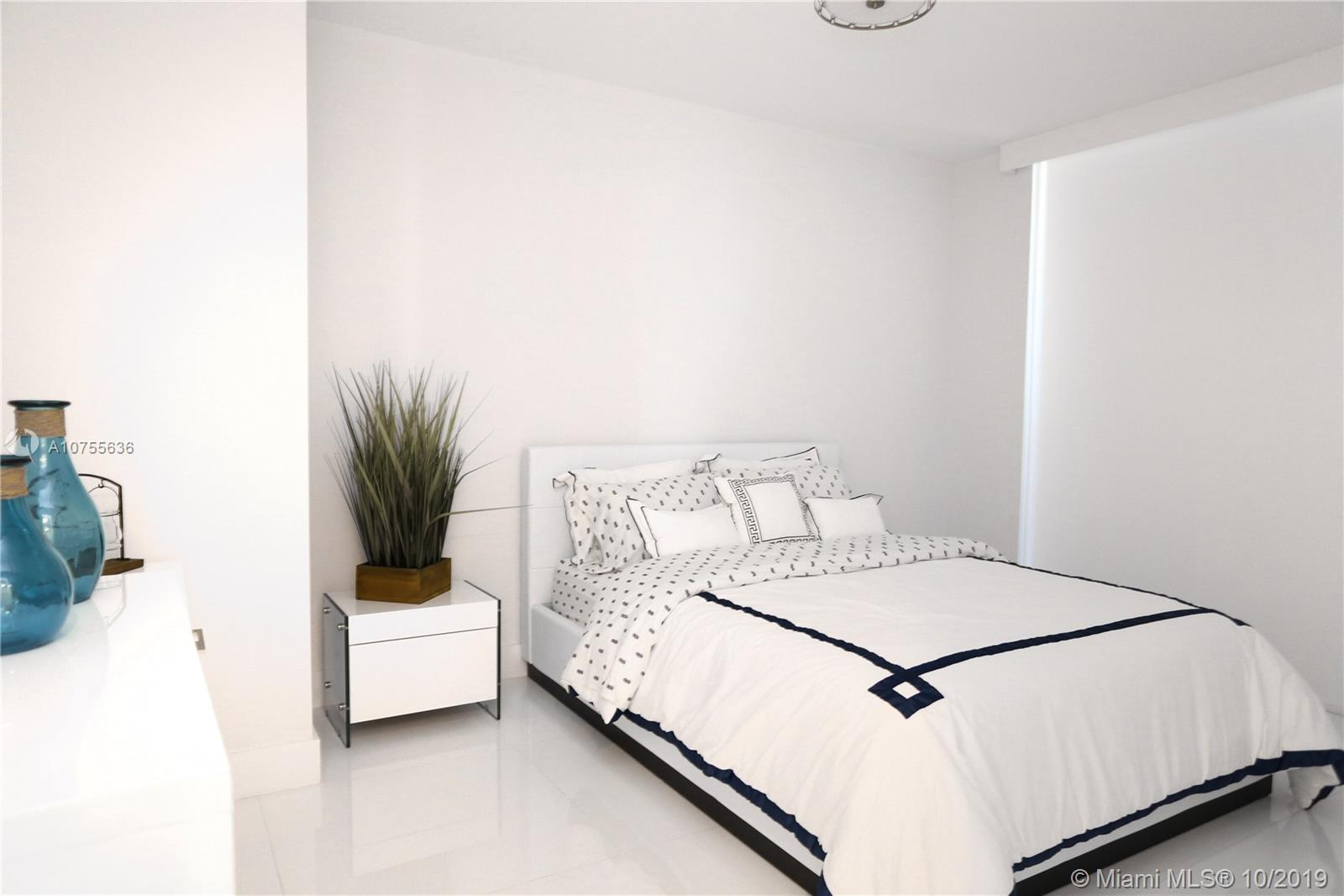 Photo of 50 Biscayne Blvd #3402 listing for Sale