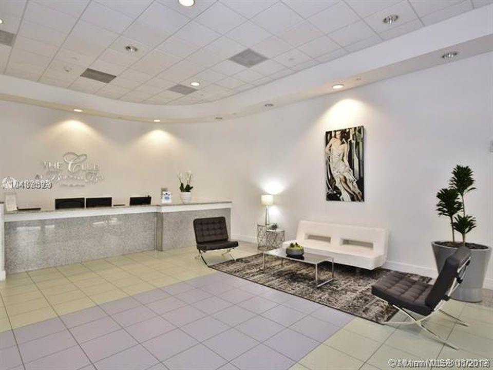 1200 Brickell Bay Dr #4208 photo044