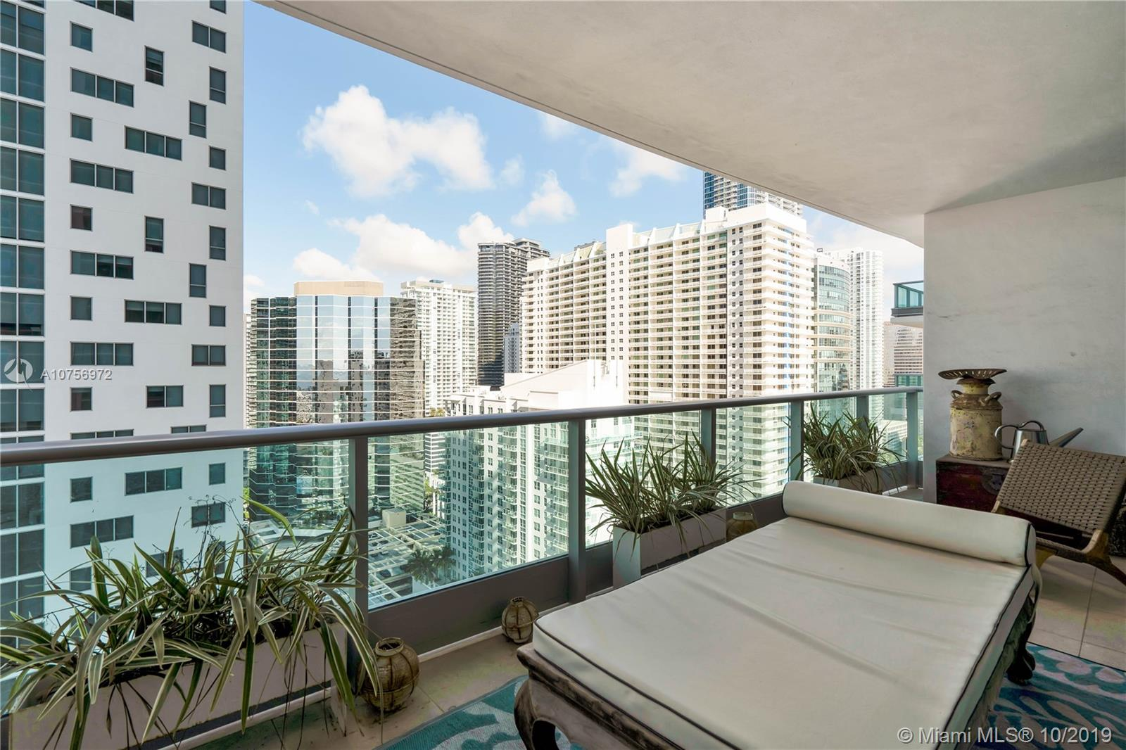 Photo of 1331 Brickell Bay Dr #2705 listing for Sale