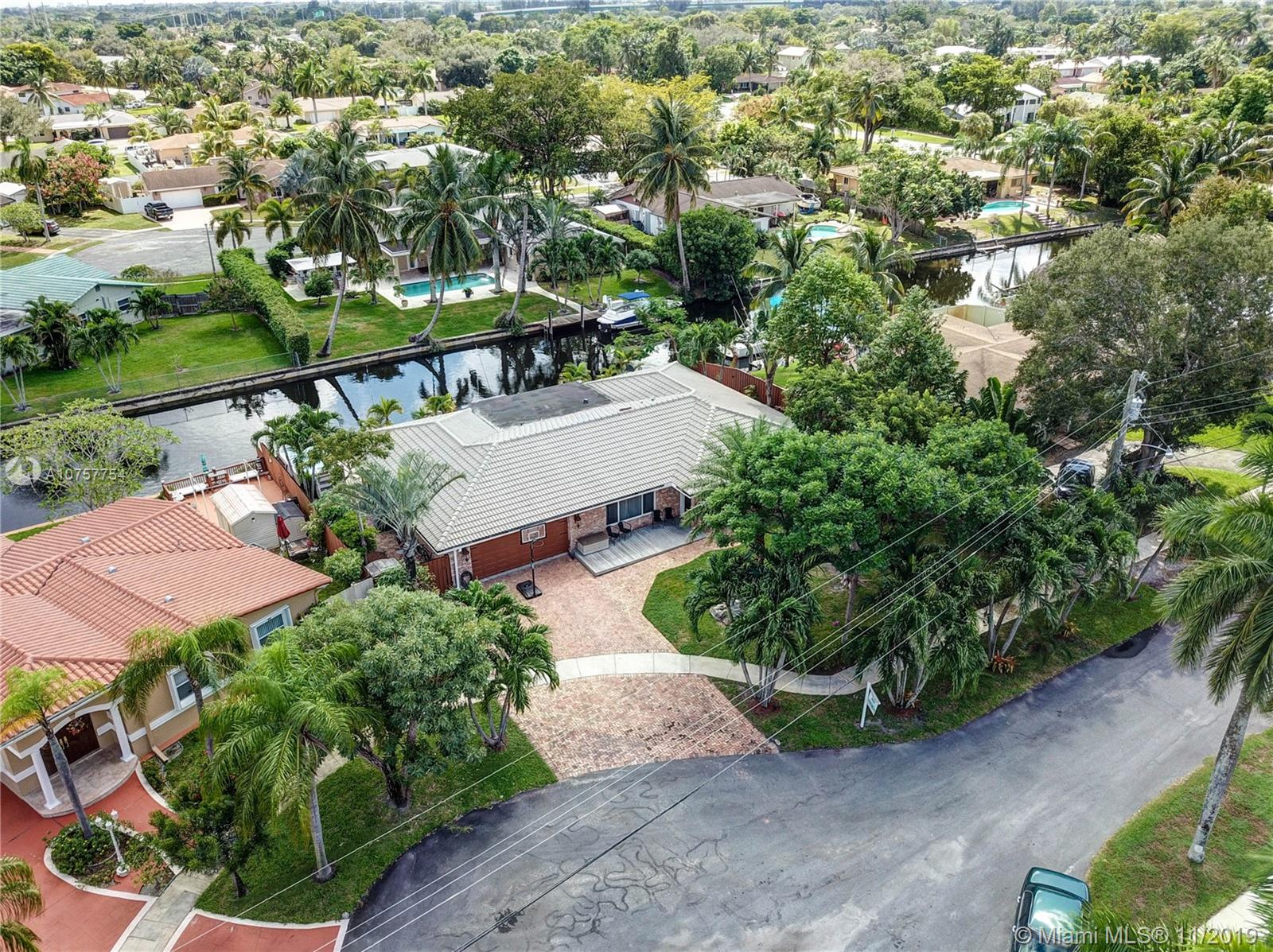 Property for sale at 1480 SW 57th Ave, Plantation,  Florida 33317