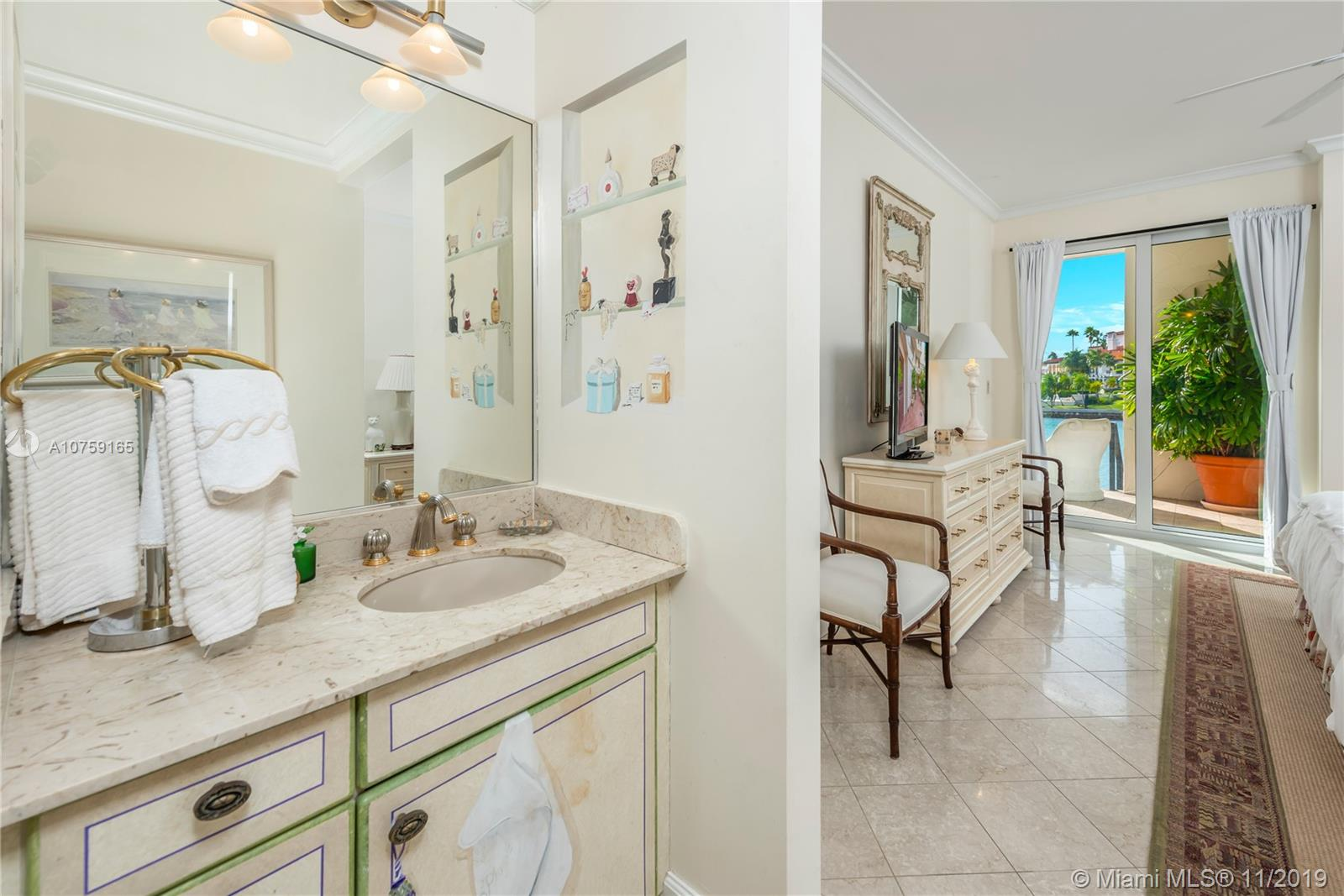 2417 Fisher Island Dr #5107 photo046