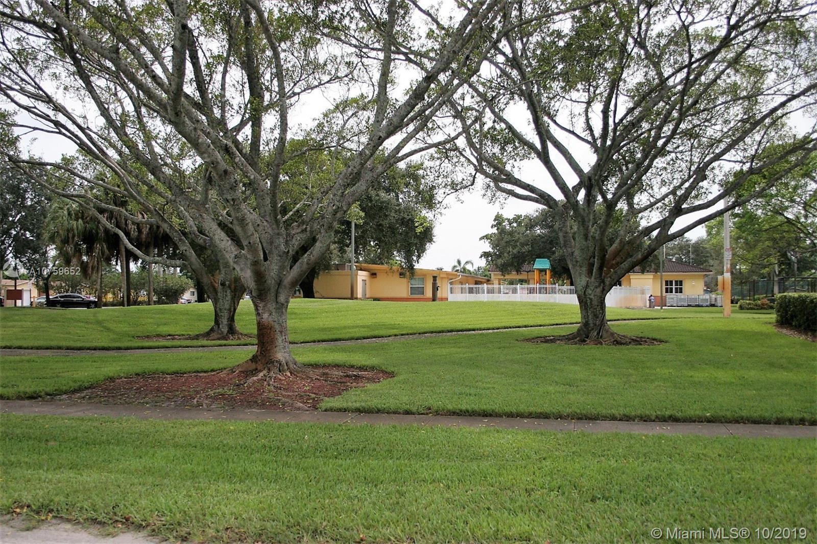 Miramar Park # - 29 - photo