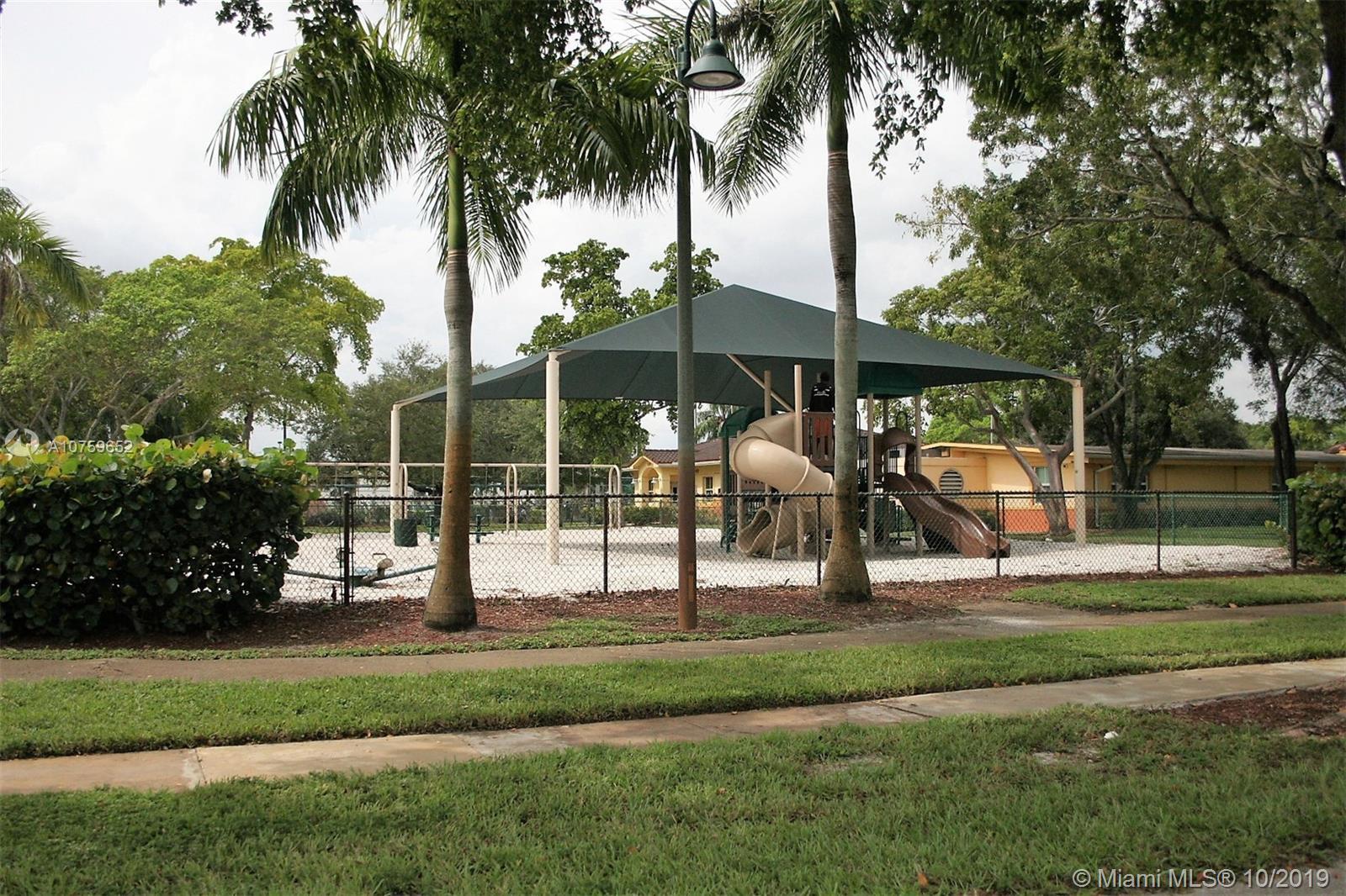 Miramar Park # - 30 - photo