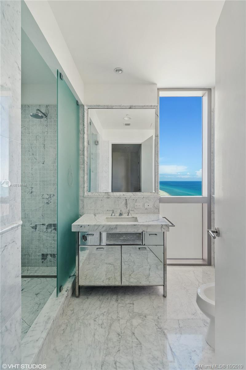 17475 Collins Ave #1501 photo012