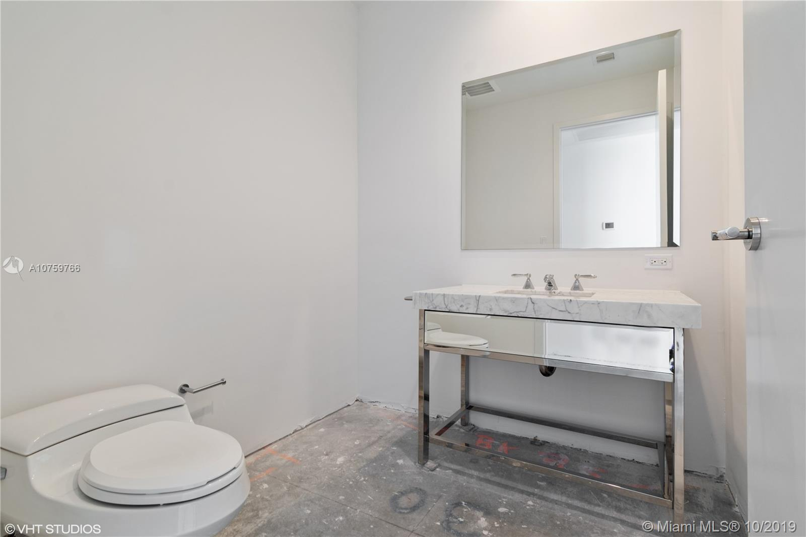 17475 Collins Ave #1501 photo018