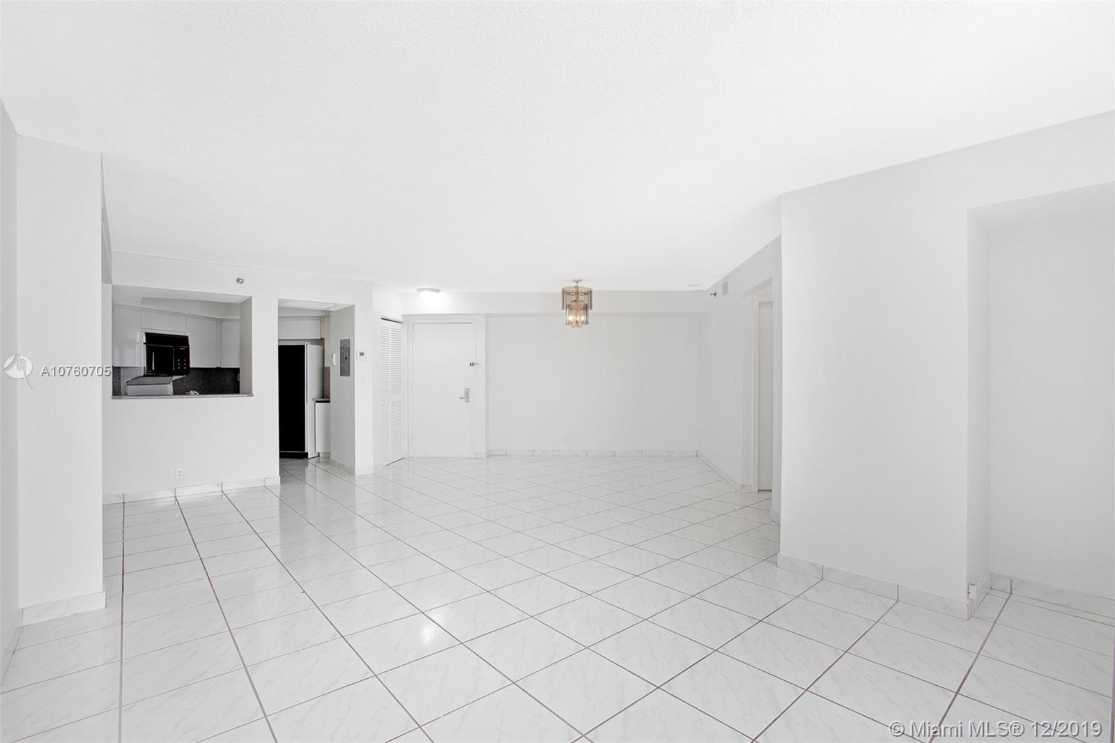 6767 Collins Ave #608 photo05