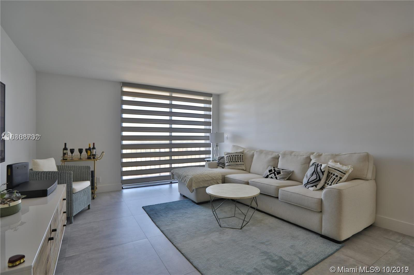 2625 Collins Ave #1209 photo05