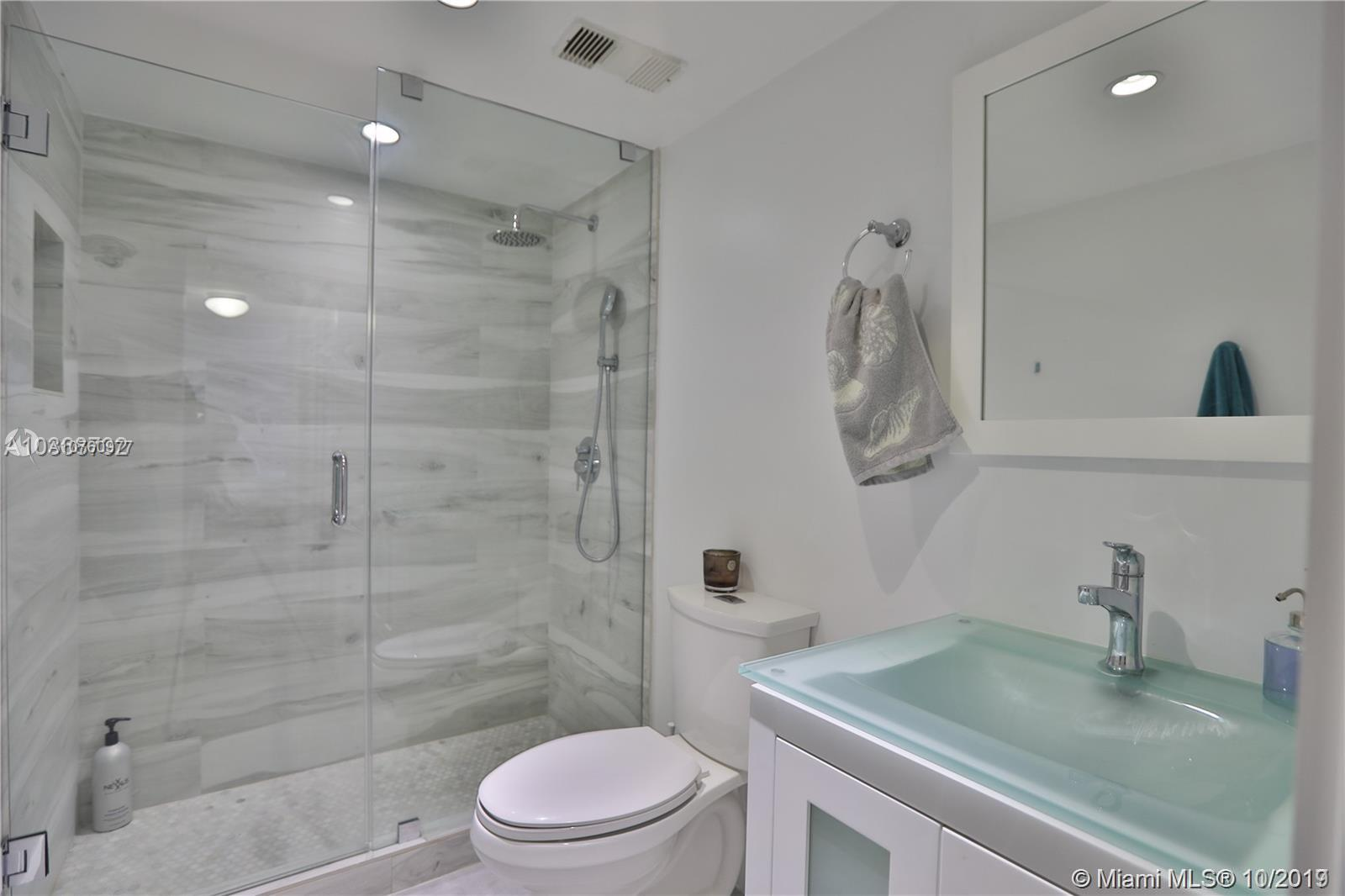 2625 Collins Ave #1209 photo07