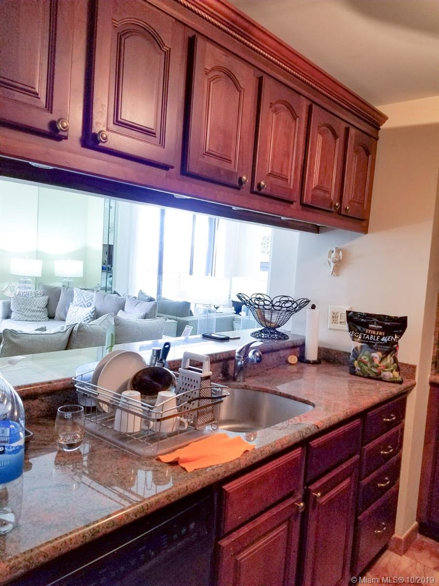 540 Brickell Key Dr #621 photo023