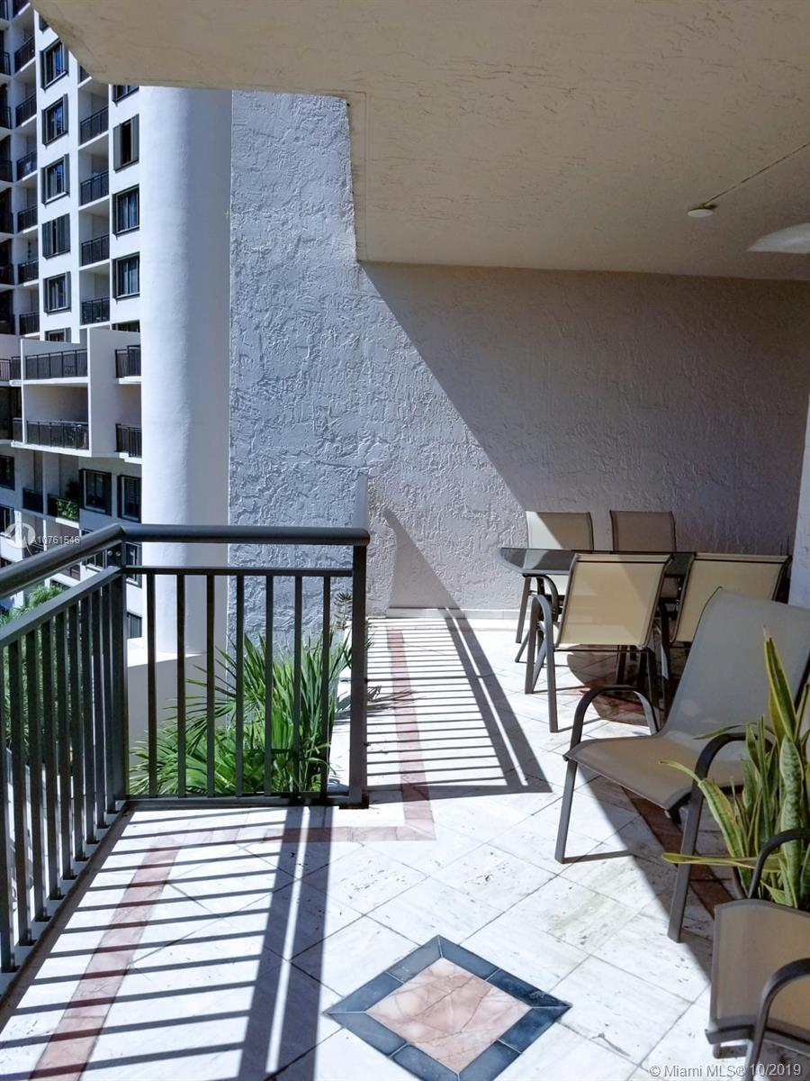 540 Brickell Key Dr #621 photo037