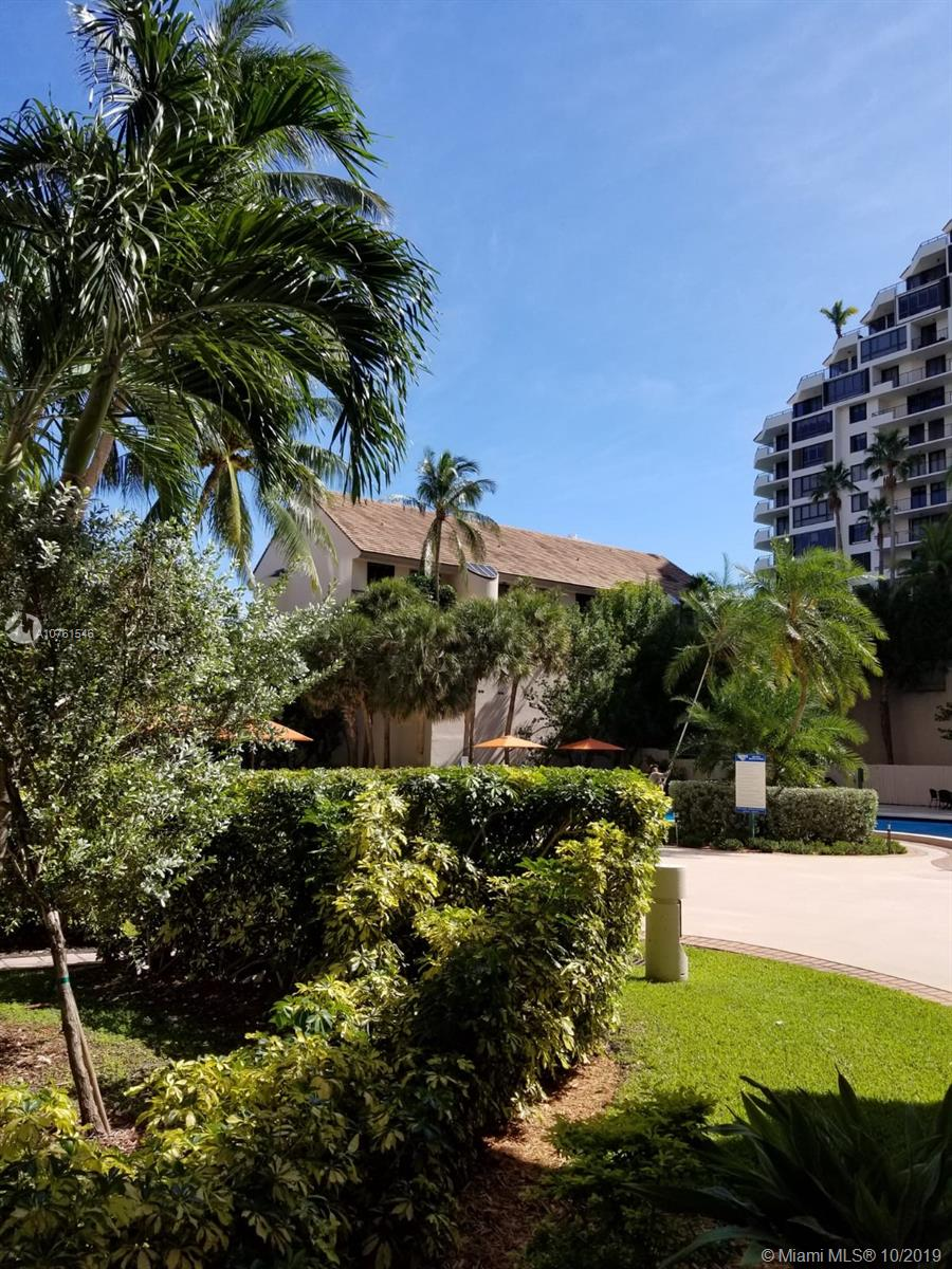 540 Brickell Key Dr #621 photo040