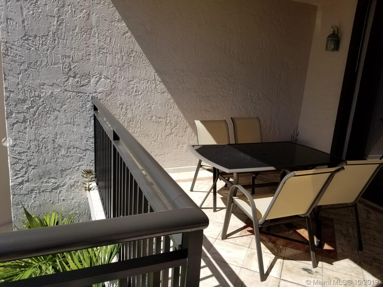 540 Brickell Key Dr #621 photo044