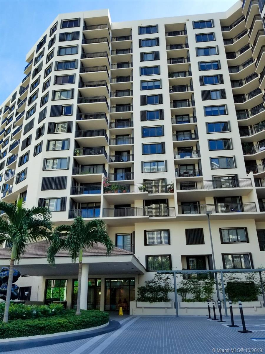 540 Brickell Key Dr #621 photo055