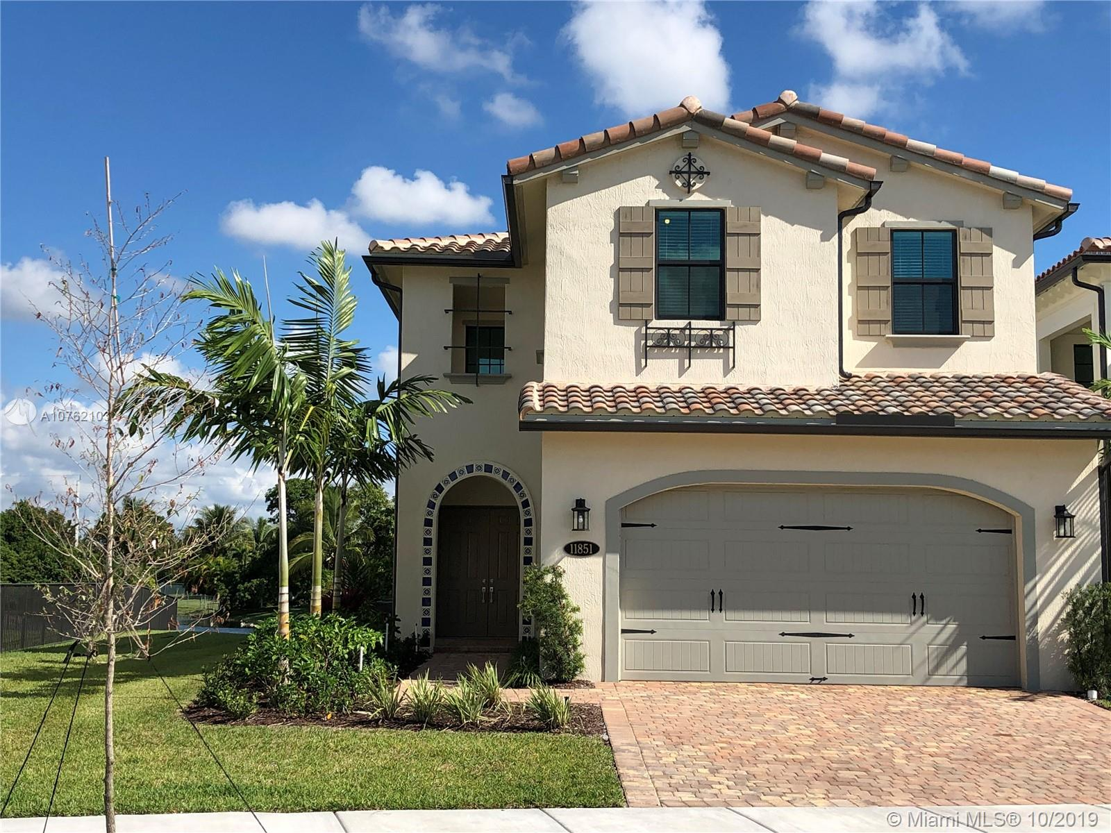 Property for sale at 11851 SW 13th Ct, Pembroke Pines,  Florida 33025